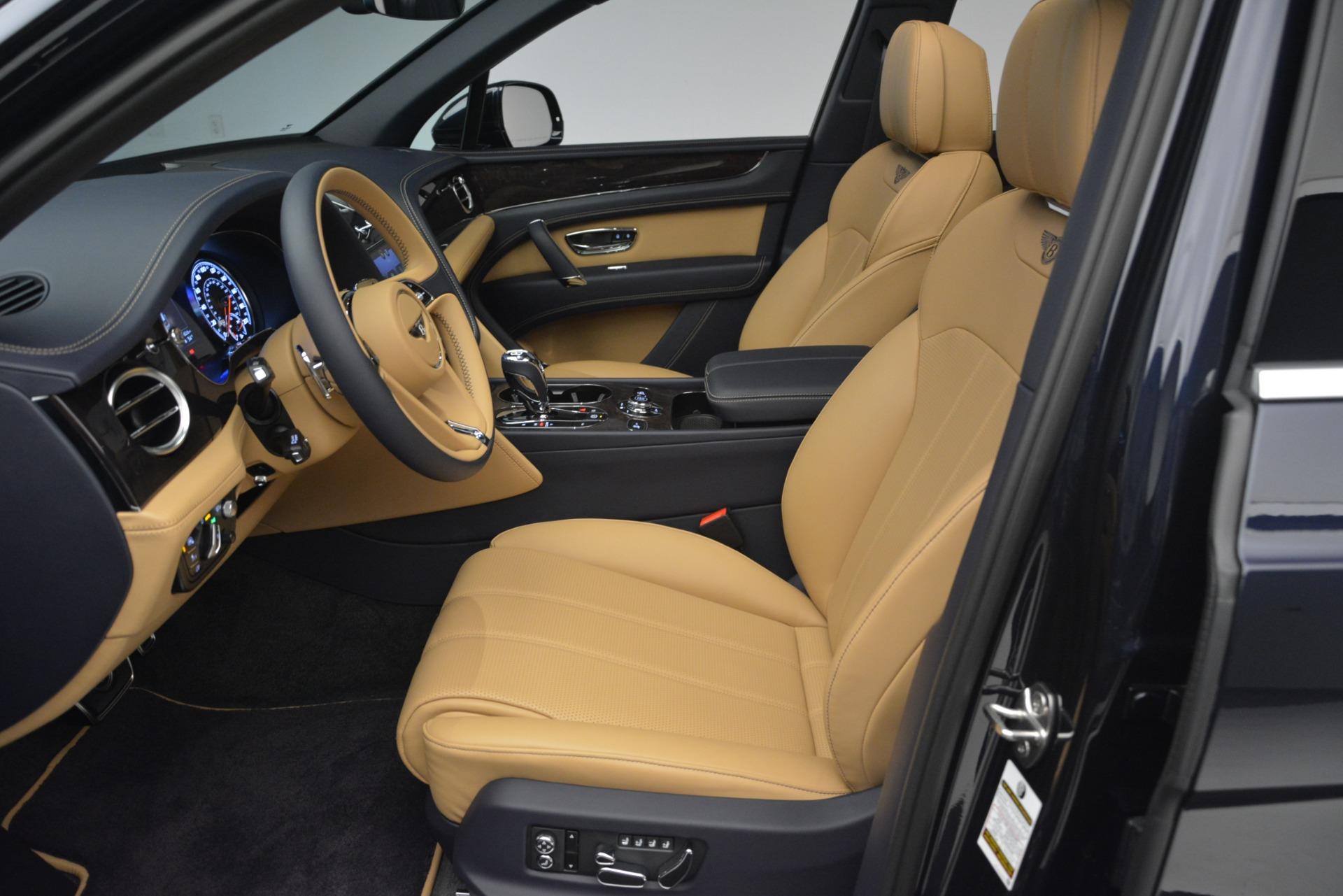 New 2019 Bentley Bentayga V8 For Sale In Greenwich, CT. Alfa Romeo of Greenwich, B1374 2551_p18