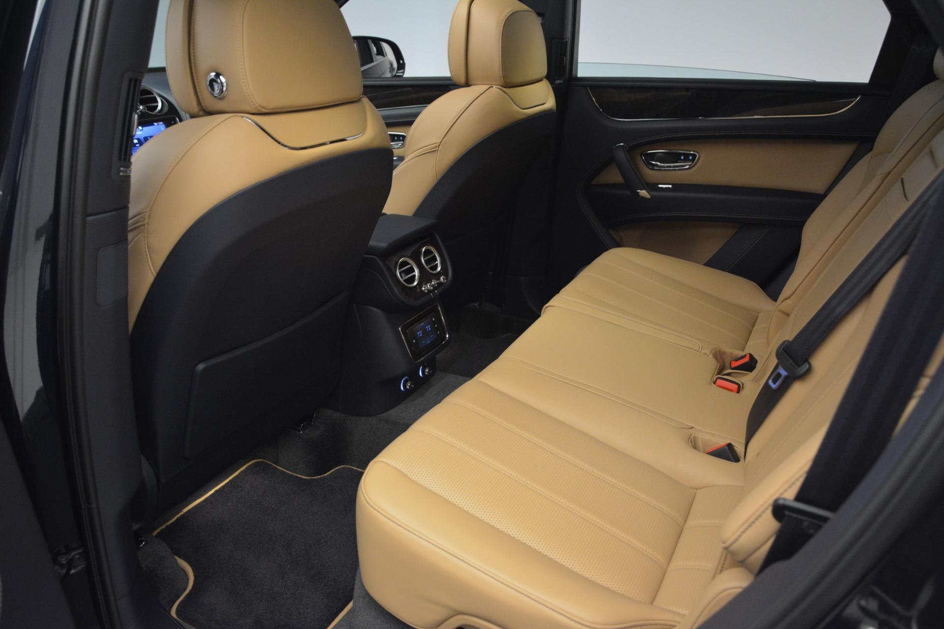 New 2019 Bentley Bentayga V8 For Sale In Greenwich, CT. Alfa Romeo of Greenwich, B1374 2551_p24