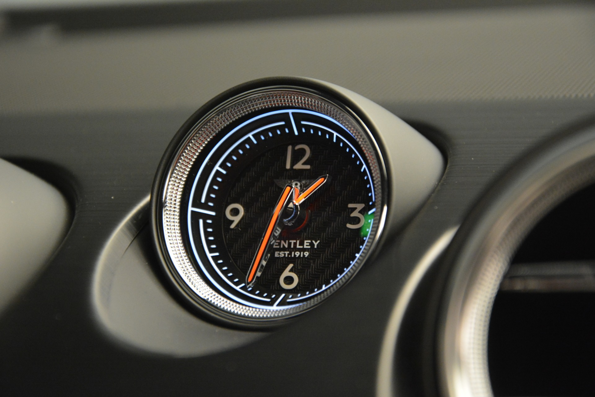 New 2019 Bentley Bentayga V8 For Sale In Greenwich, CT. Alfa Romeo of Greenwich, B1373 2552_p21