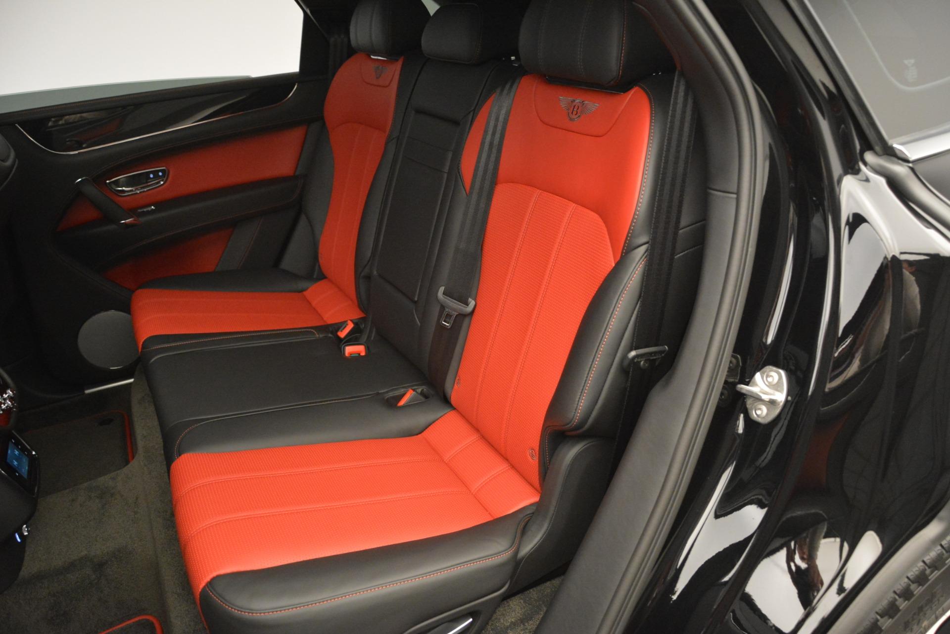 New 2019 Bentley Bentayga V8 For Sale In Greenwich, CT. Alfa Romeo of Greenwich, B1373 2552_p24