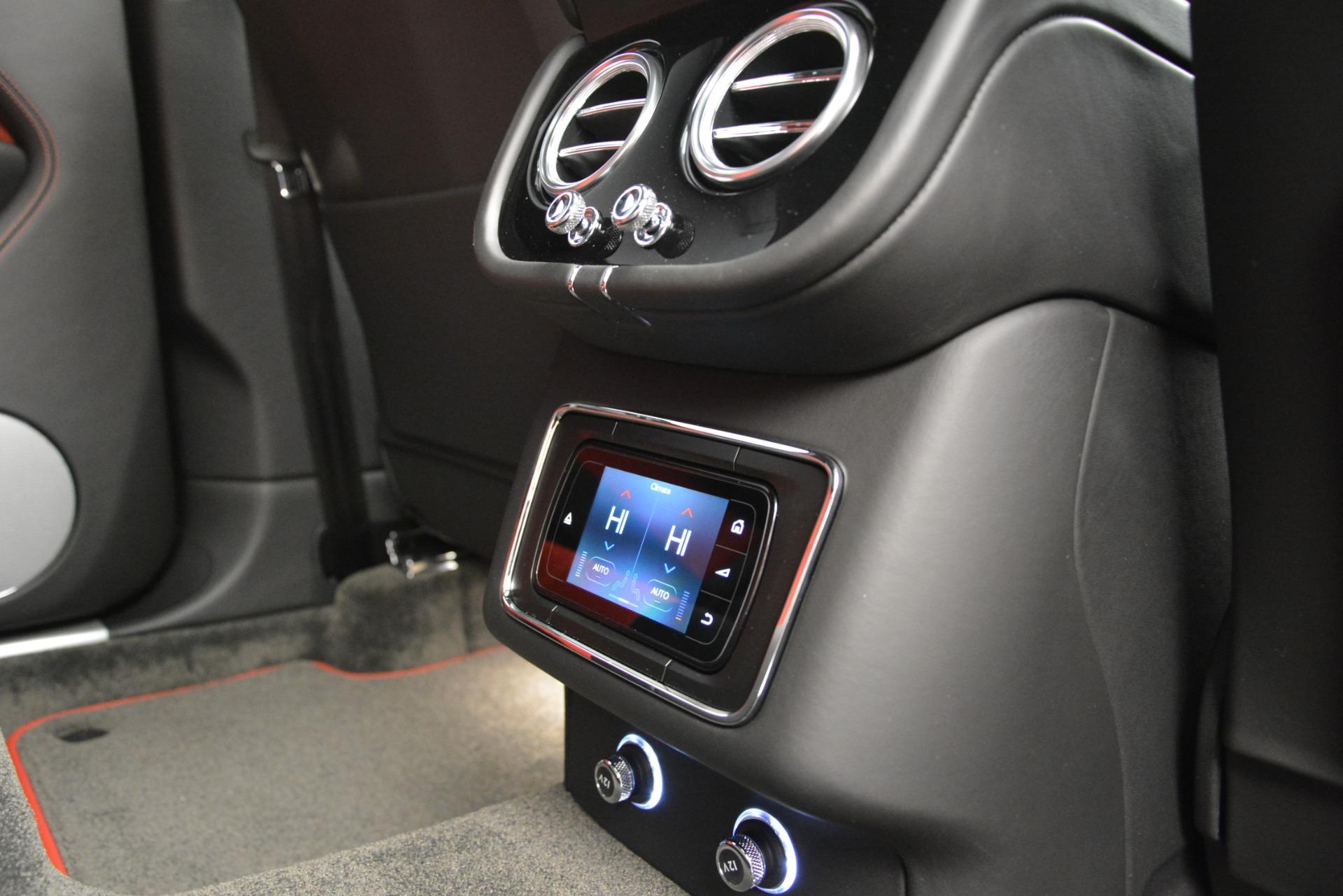 New 2019 Bentley Bentayga V8 For Sale In Greenwich, CT. Alfa Romeo of Greenwich, B1373 2552_p25