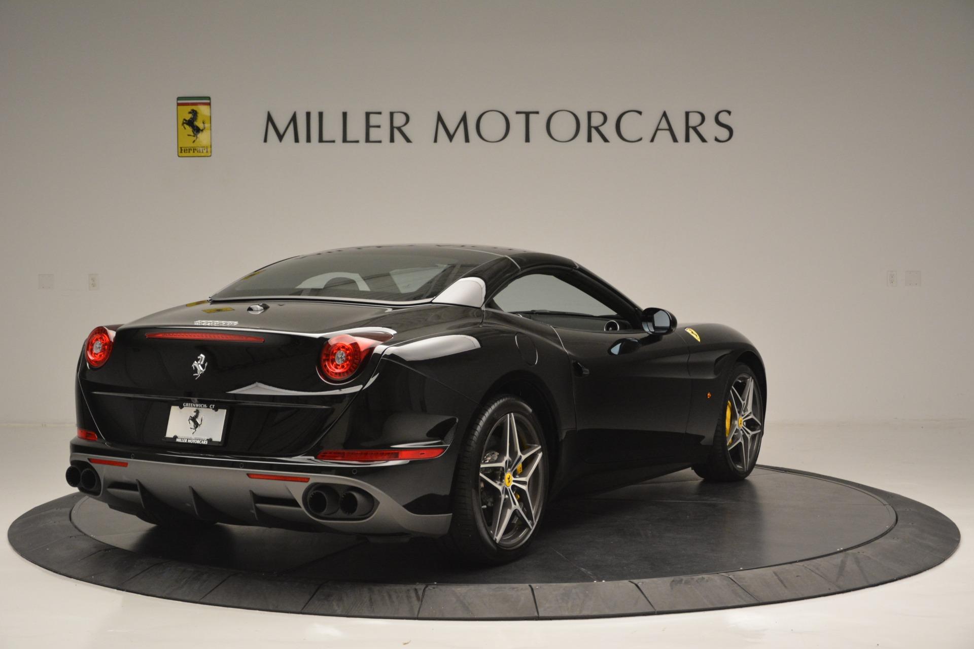 Used 2017 Ferrari California T Handling Speciale For Sale In Greenwich, CT. Alfa Romeo of Greenwich, 4505 2554_p19
