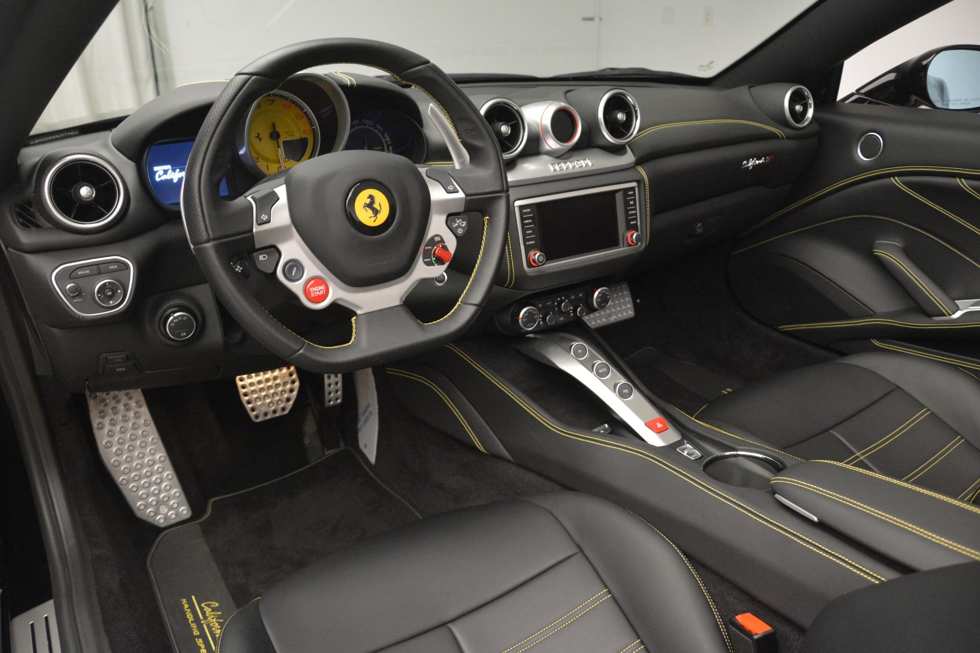 Used 2017 Ferrari California T Handling Speciale For Sale In Greenwich, CT. Alfa Romeo of Greenwich, 4505 2554_p25