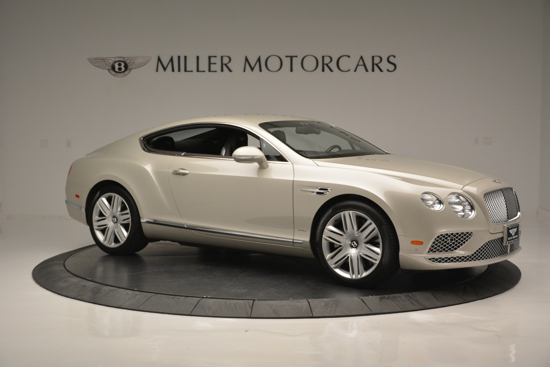 Used 2016 Bentley Continental GT W12 For Sale In Greenwich, CT. Alfa Romeo of Greenwich, B1361A 2555_p10