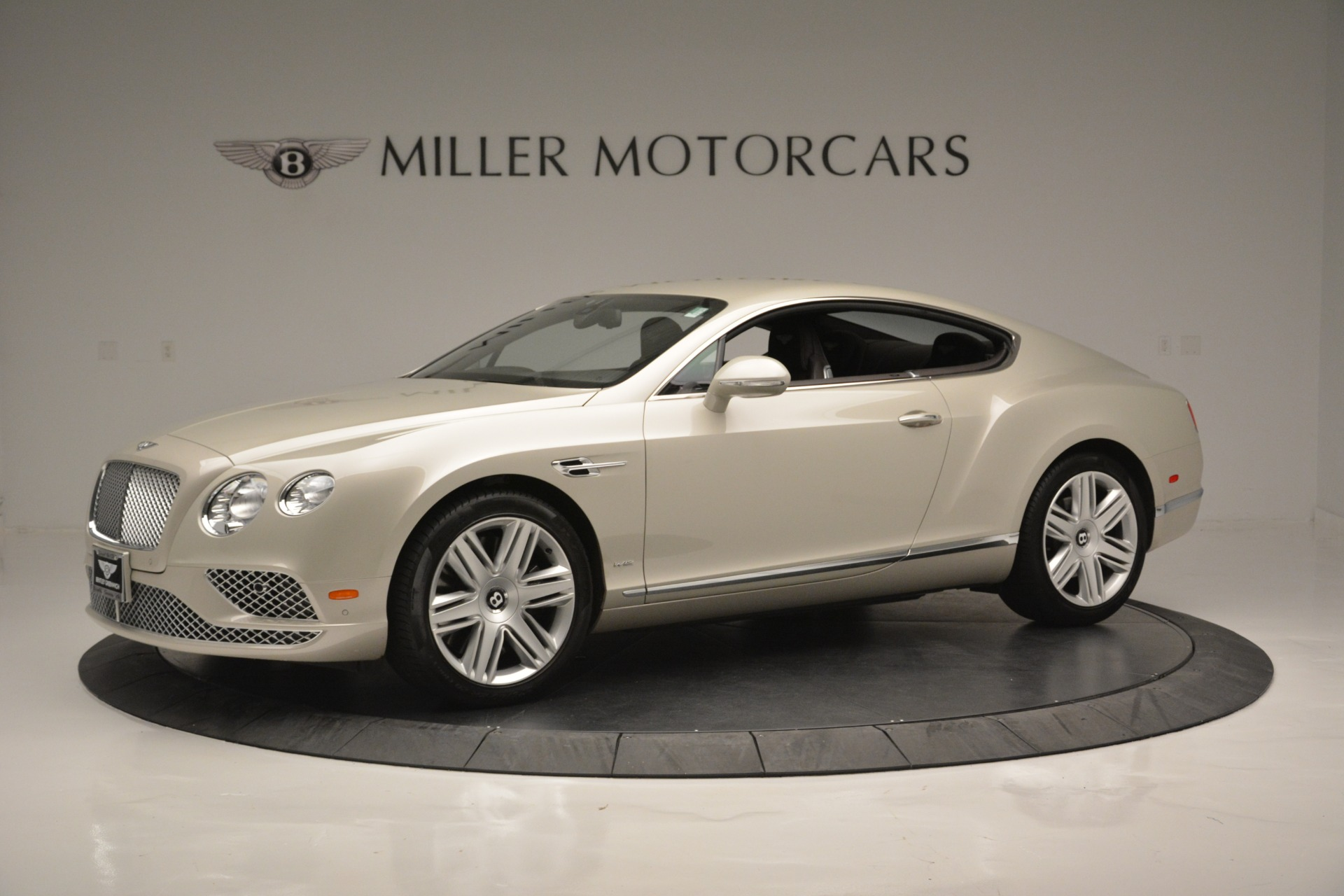 Used 2016 Bentley Continental GT W12 For Sale In Greenwich, CT. Alfa Romeo of Greenwich, B1361A 2555_p2