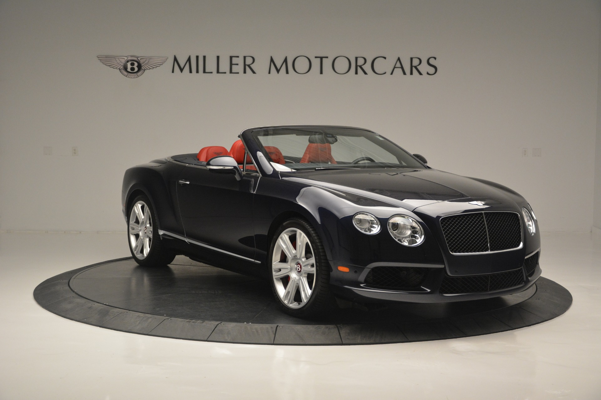 Used 2013 Bentley Continental GT V8 For Sale In Greenwich, CT. Alfa Romeo of Greenwich, 7337A 2557_p11