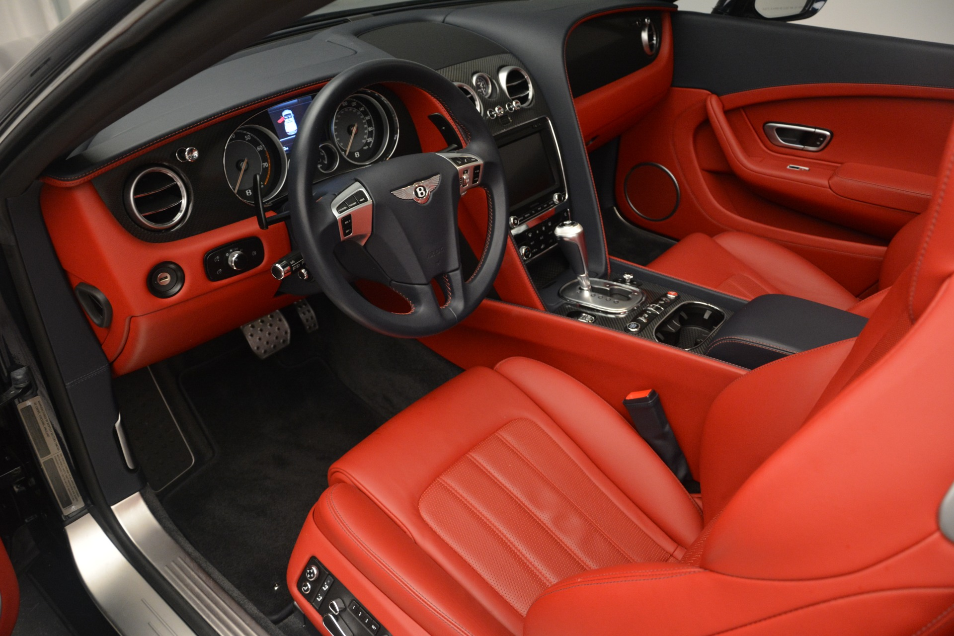 Used 2013 Bentley Continental GT V8 For Sale In Greenwich, CT. Alfa Romeo of Greenwich, 7337A 2557_p23