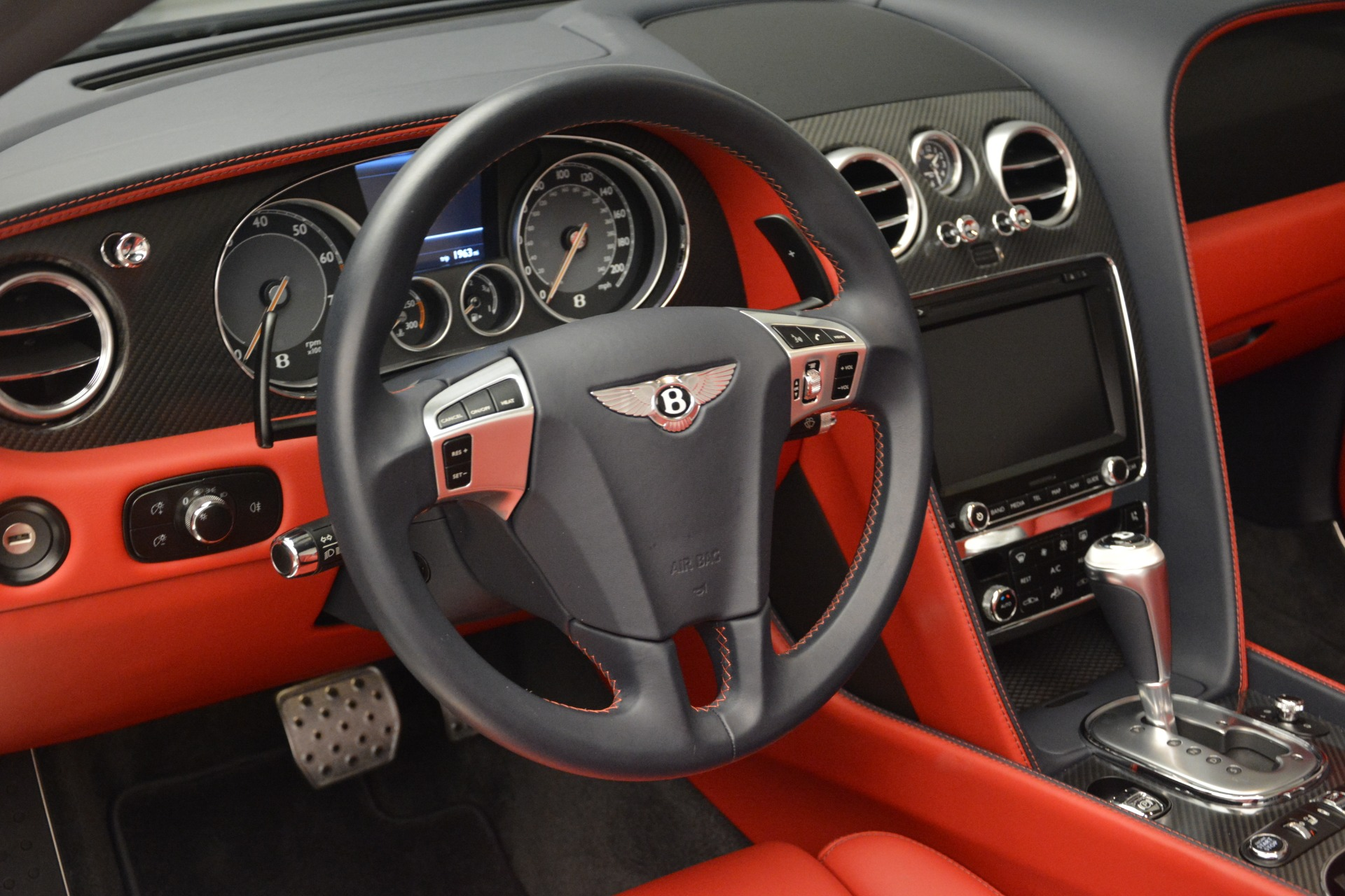 Used 2013 Bentley Continental GT V8 For Sale In Greenwich, CT. Alfa Romeo of Greenwich, 7337A 2557_p27