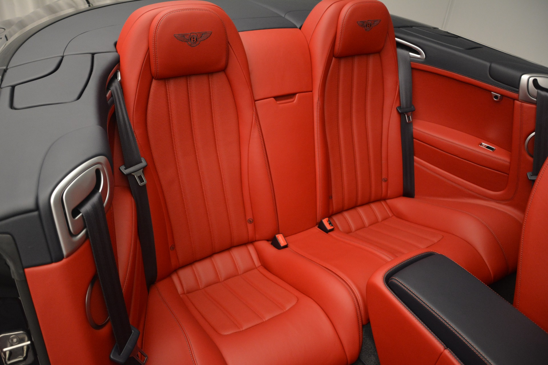 Used 2013 Bentley Continental GT V8 For Sale In Greenwich, CT. Alfa Romeo of Greenwich, 7337A 2557_p29