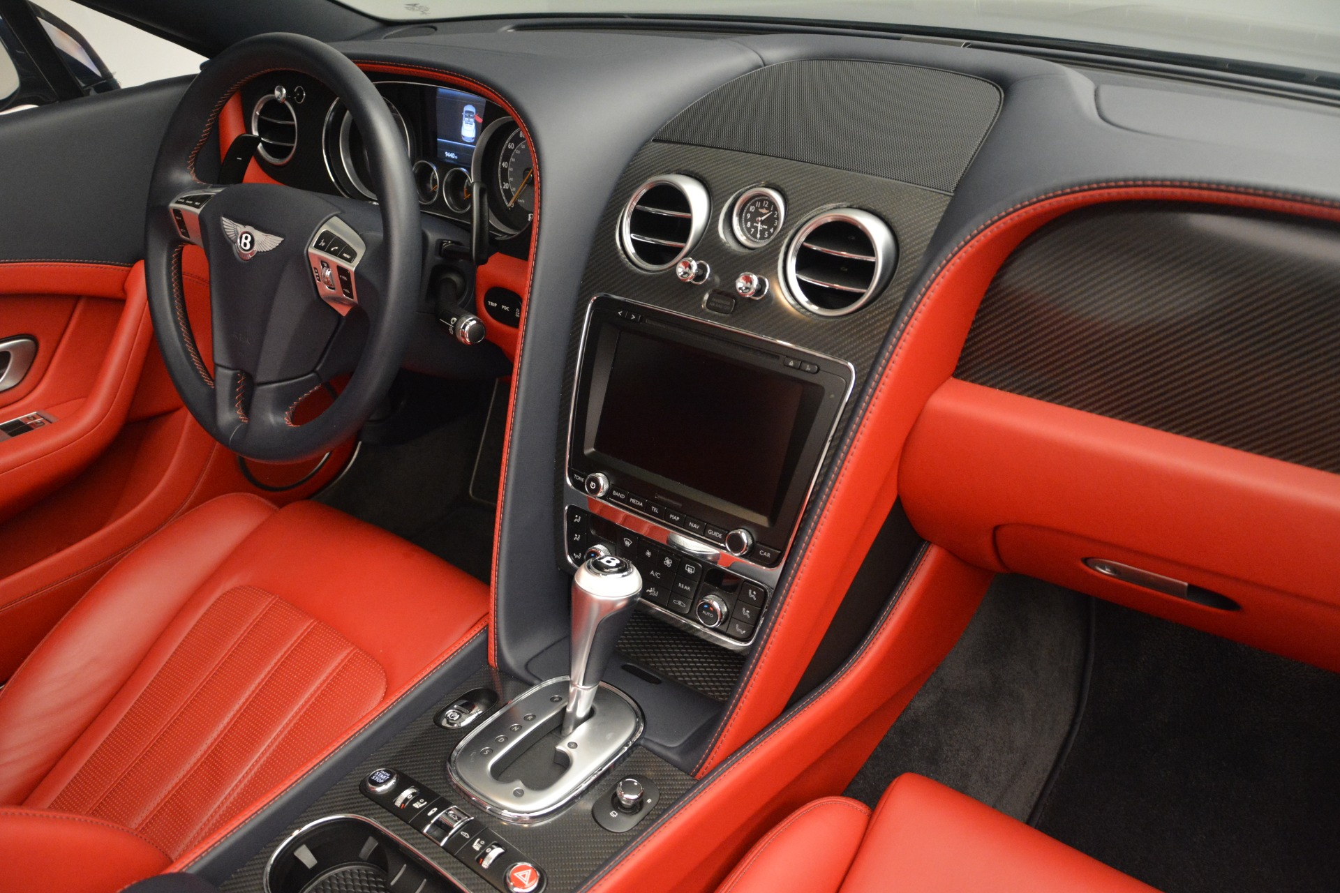 Used 2013 Bentley Continental GT V8 For Sale In Greenwich, CT. Alfa Romeo of Greenwich, 7337A 2557_p30