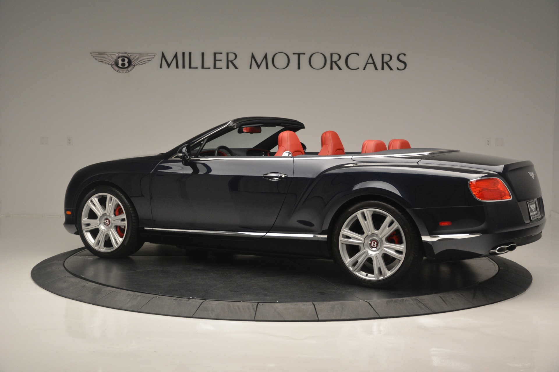Used 2013 Bentley Continental GT V8 For Sale In Greenwich, CT. Alfa Romeo of Greenwich, 7337A 2557_p4