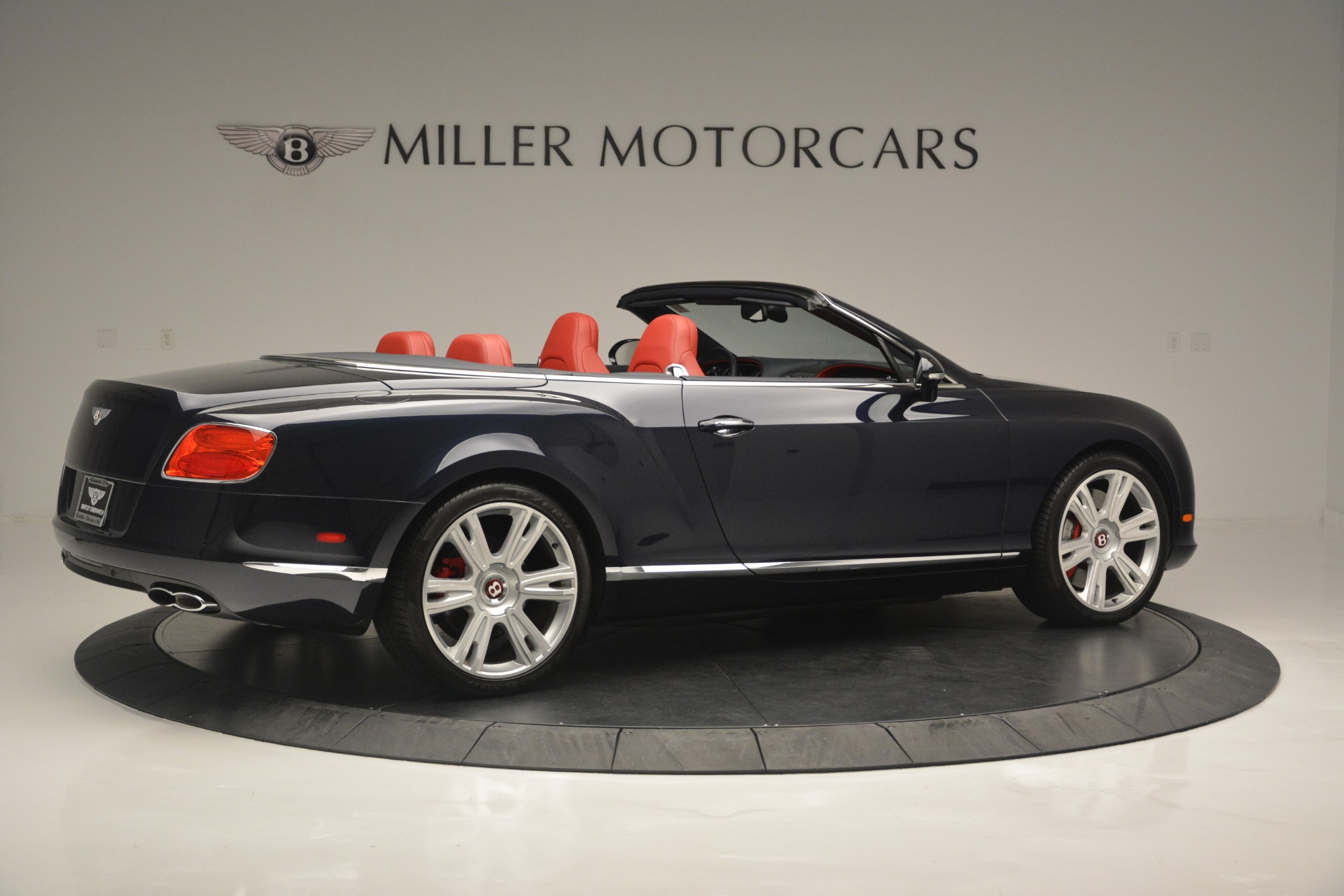 Used 2013 Bentley Continental GT V8 For Sale In Greenwich, CT. Alfa Romeo of Greenwich, 7337A 2557_p8