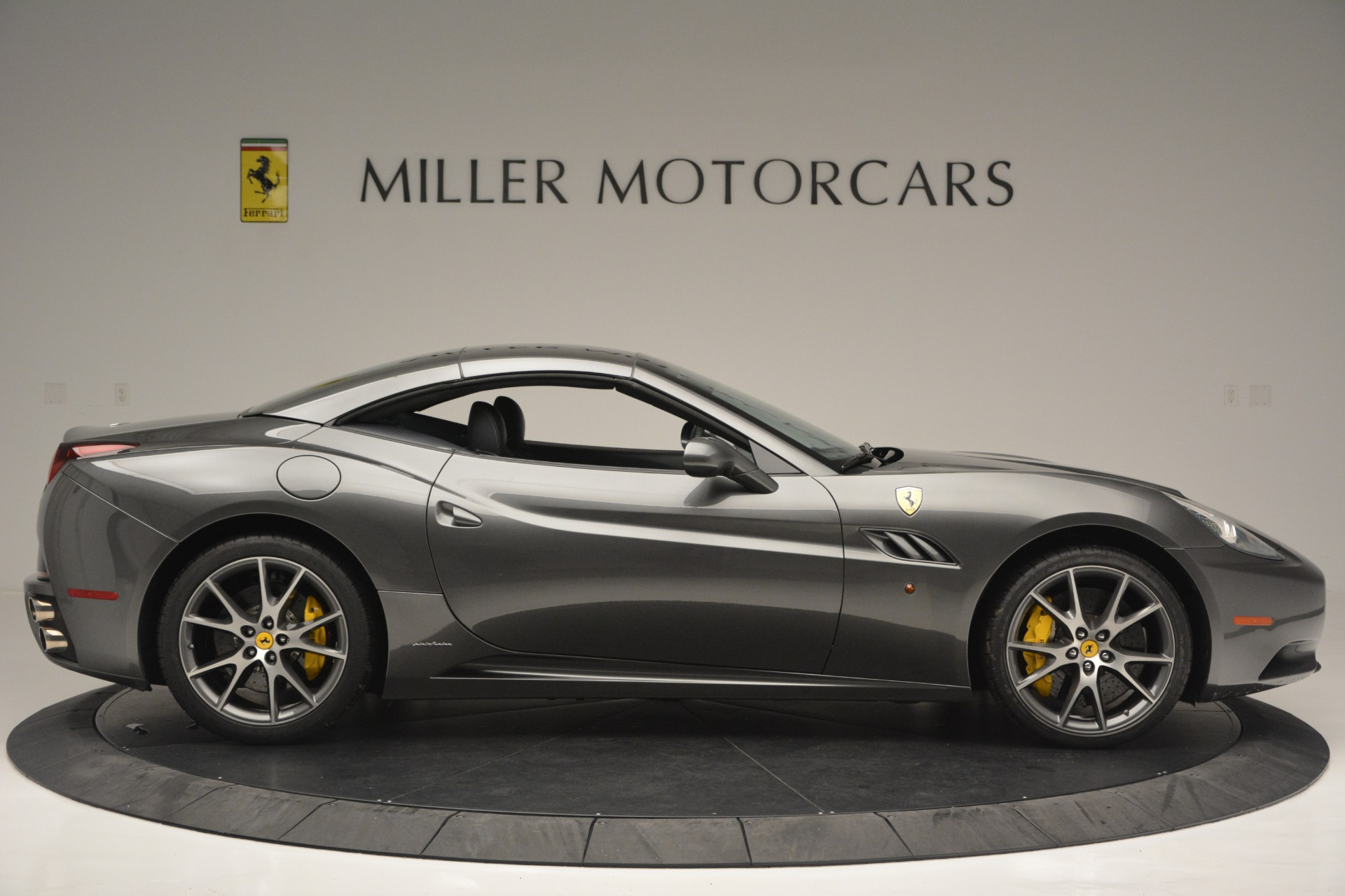 Used 2013 Ferrari California 30 For Sale In Greenwich, CT. Alfa Romeo of Greenwich, 4471A 2559_p21
