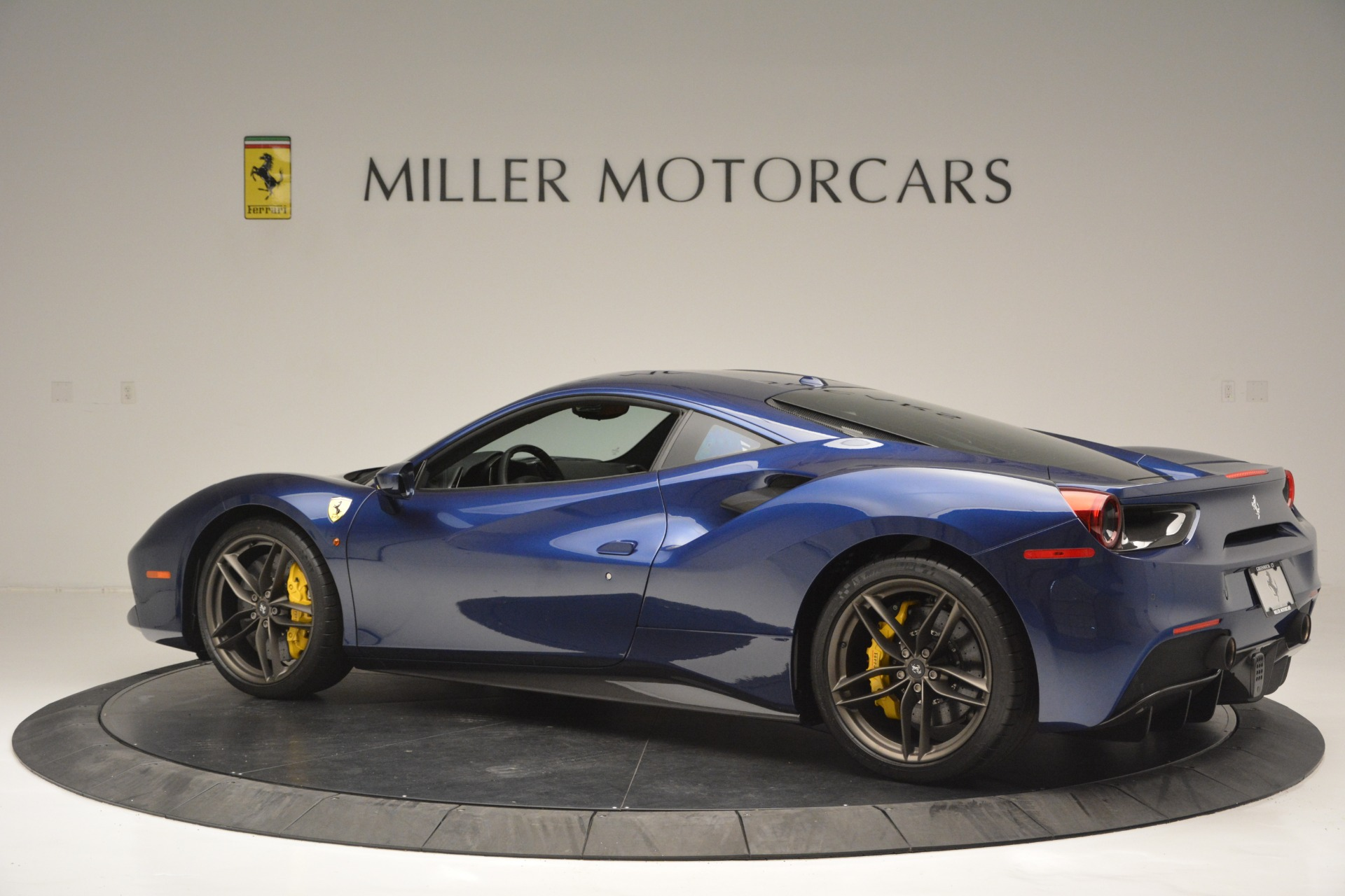 Used 2018 Ferrari 488 GTB  For Sale In Greenwich, CT. Alfa Romeo of Greenwich, 4506 2560_p4