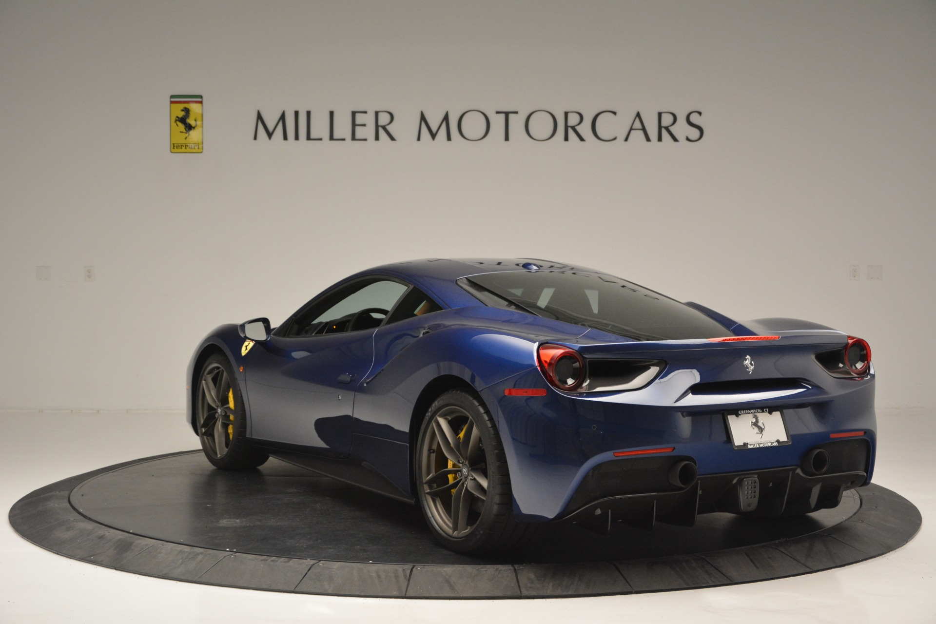 Used 2018 Ferrari 488 GTB  For Sale In Greenwich, CT. Alfa Romeo of Greenwich, 4506 2560_p5