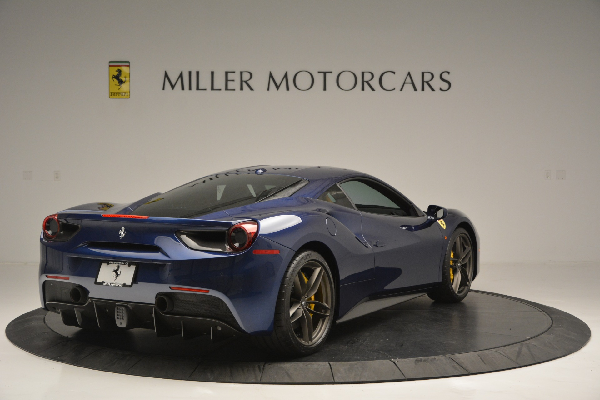 Used 2018 Ferrari 488 GTB  For Sale In Greenwich, CT. Alfa Romeo of Greenwich, 4506 2560_p7
