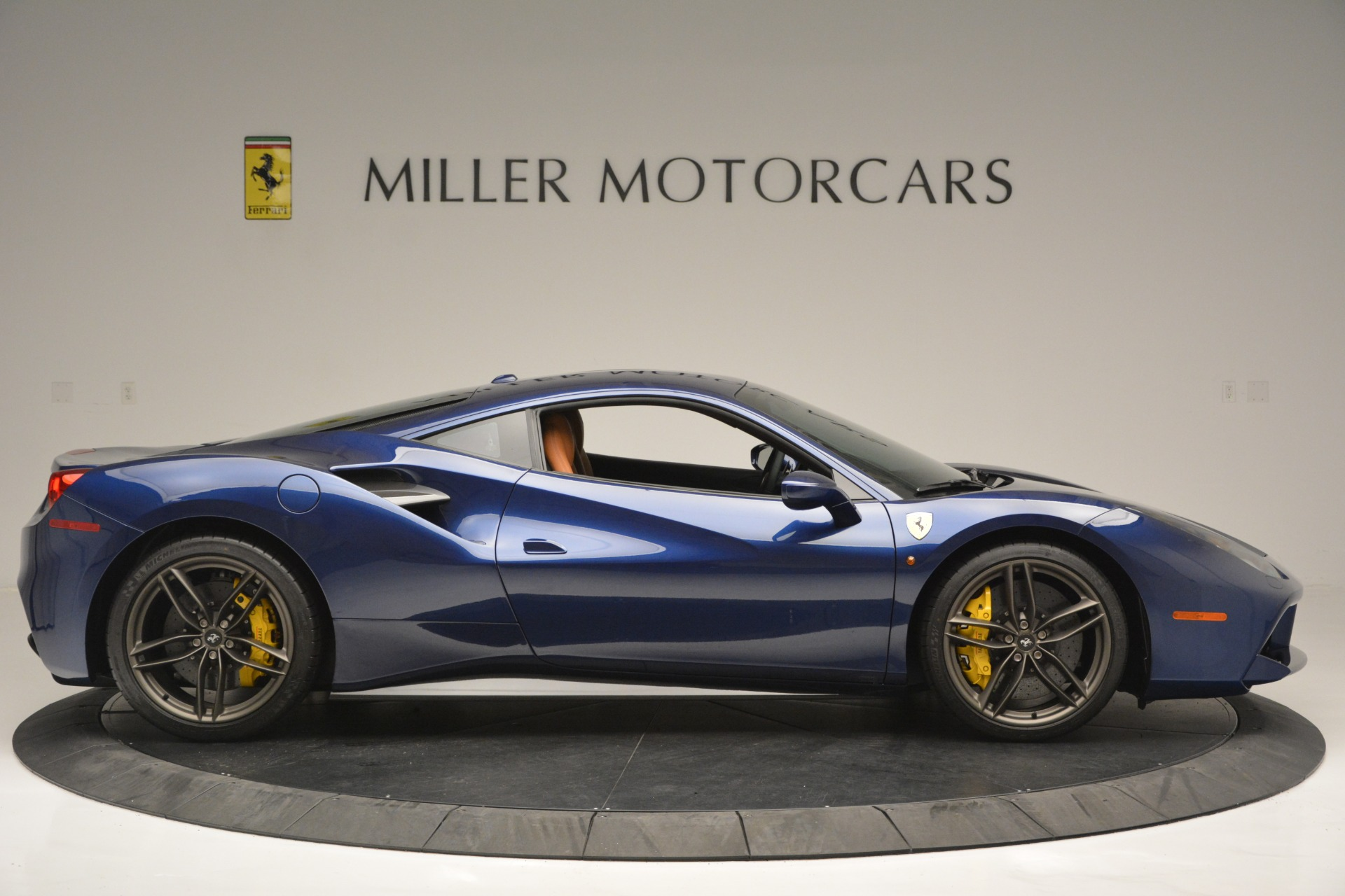 Used 2018 Ferrari 488 GTB  For Sale In Greenwich, CT. Alfa Romeo of Greenwich, 4506 2560_p9