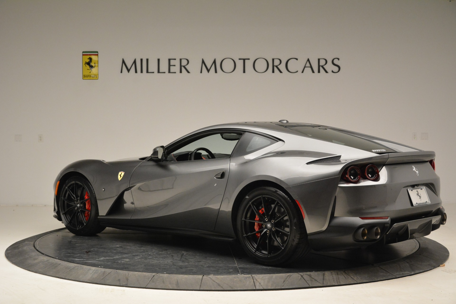 Used 2018 Ferrari 812 Superfast  For Sale In Greenwich, CT. Alfa Romeo of Greenwich, F1850B 2573_p4