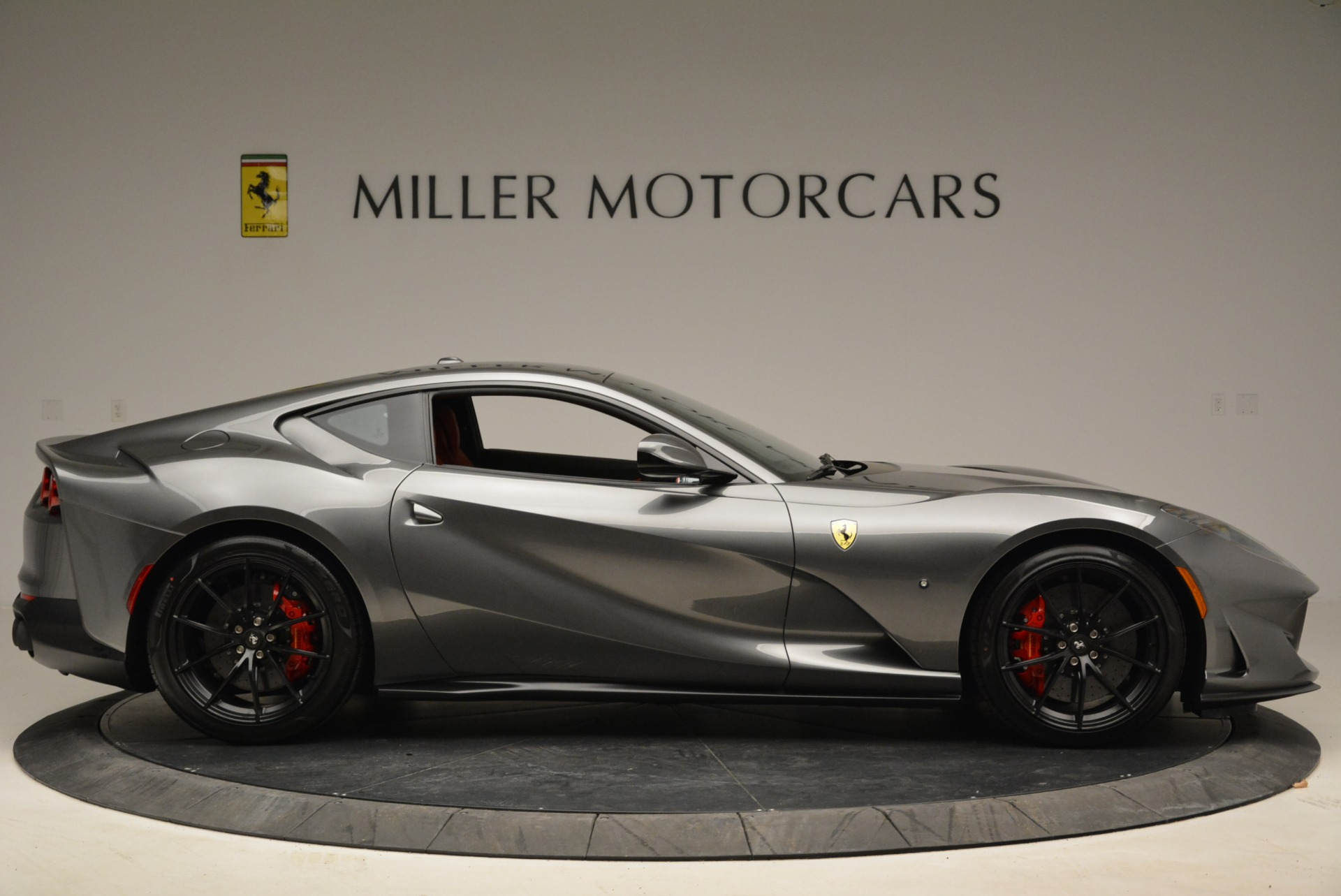 Used 2018 Ferrari 812 Superfast  For Sale In Greenwich, CT. Alfa Romeo of Greenwich, F1850B 2573_p9