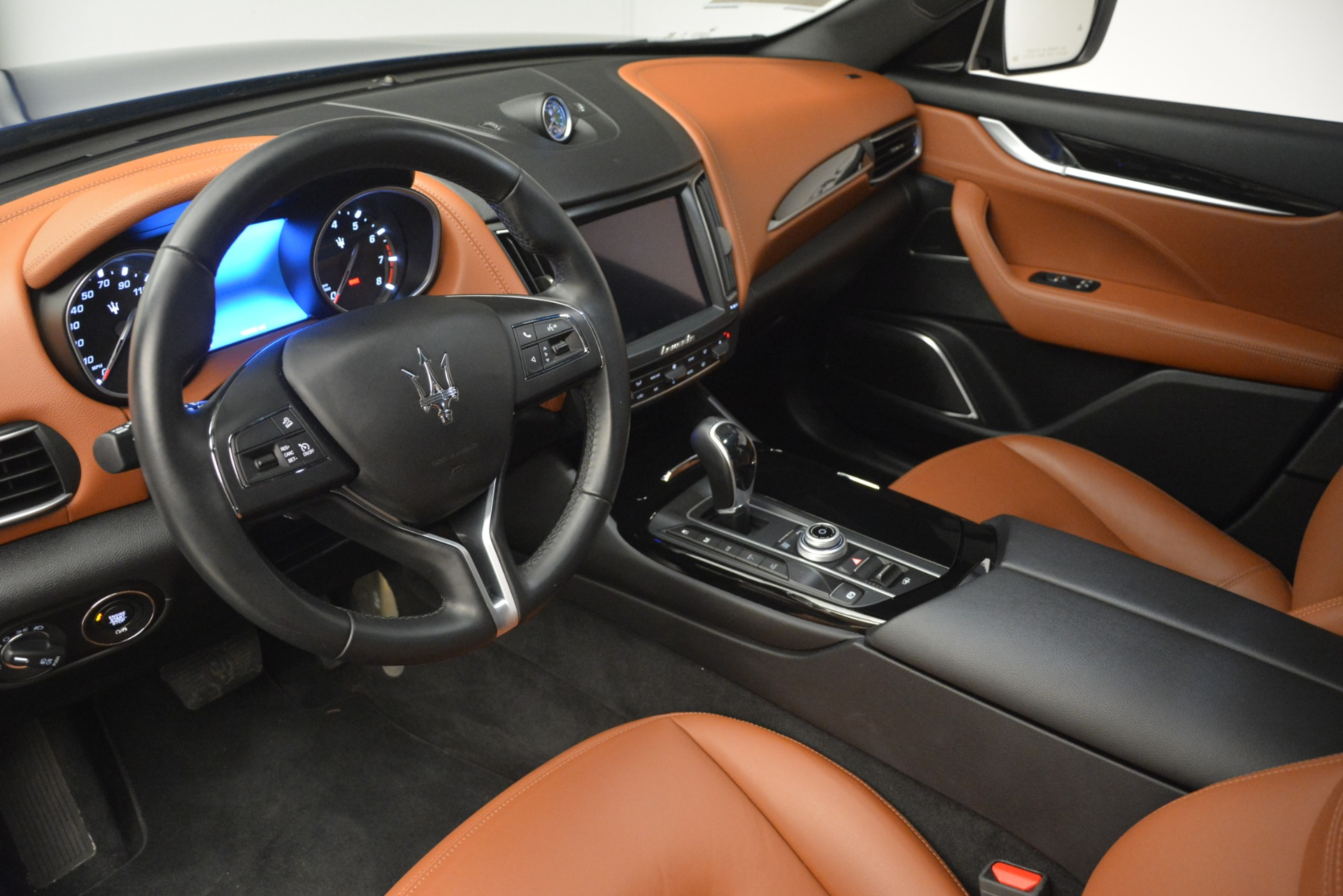 Used 2018 Maserati Levante Q4 For Sale In Greenwich, CT. Alfa Romeo of Greenwich, M1932 2575_p13