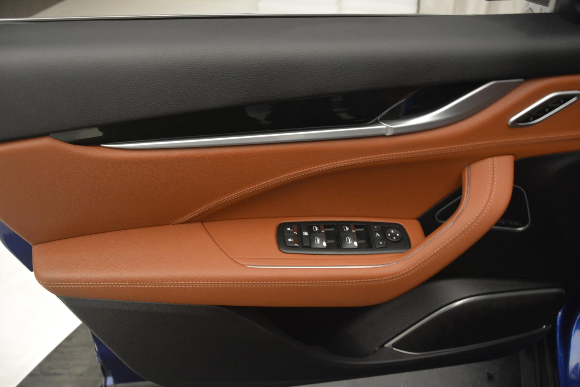 Used 2018 Maserati Levante Q4 For Sale In Greenwich, CT. Alfa Romeo of Greenwich, M1932 2575_p17