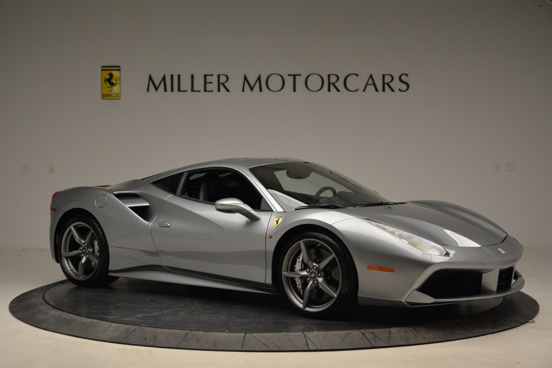 Used 2018 Ferrari 488 GTB  For Sale In Greenwich, CT. Alfa Romeo of Greenwich, 4509 2586_p10