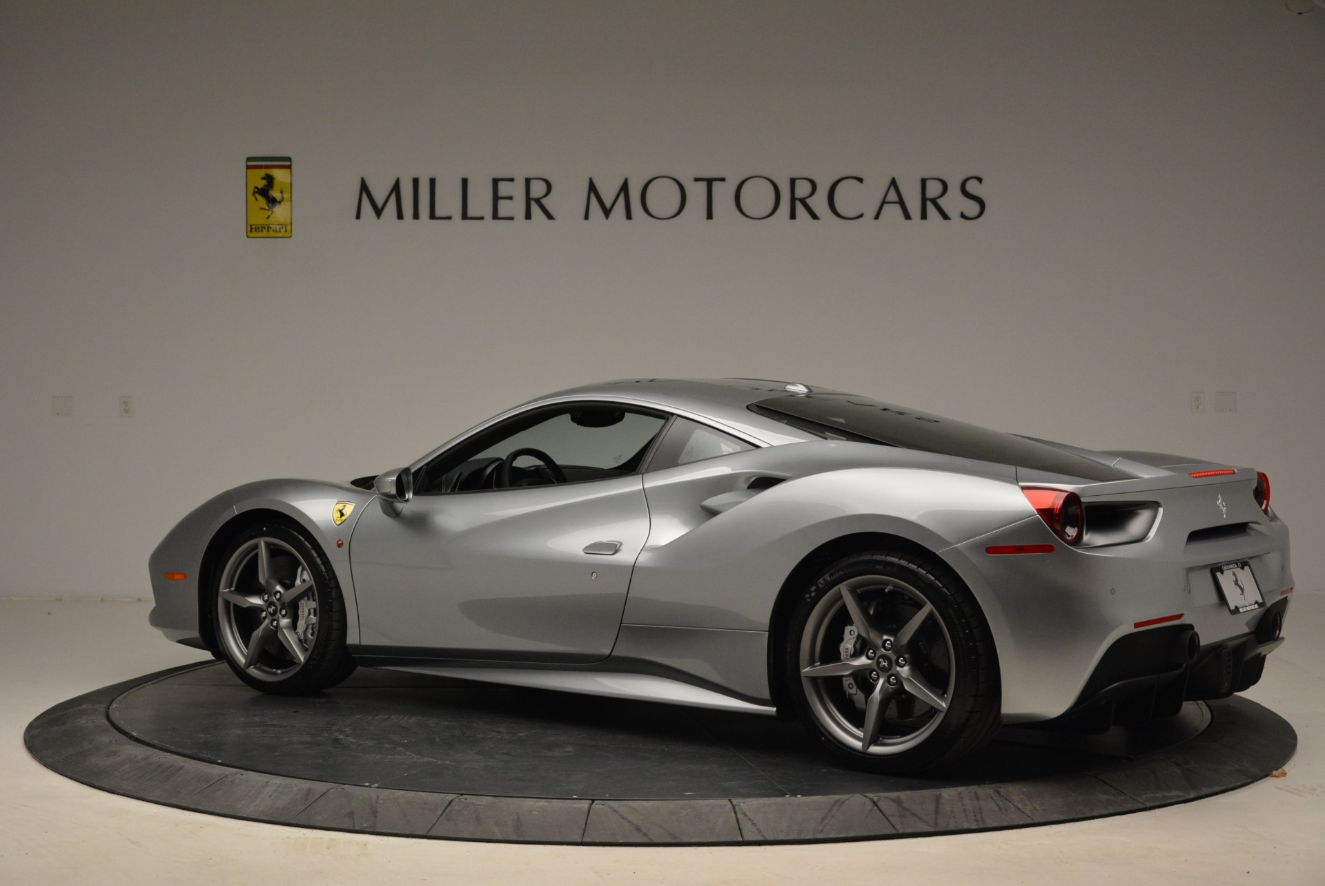 Used 2018 Ferrari 488 GTB  For Sale In Greenwich, CT. Alfa Romeo of Greenwich, 4509 2586_p4