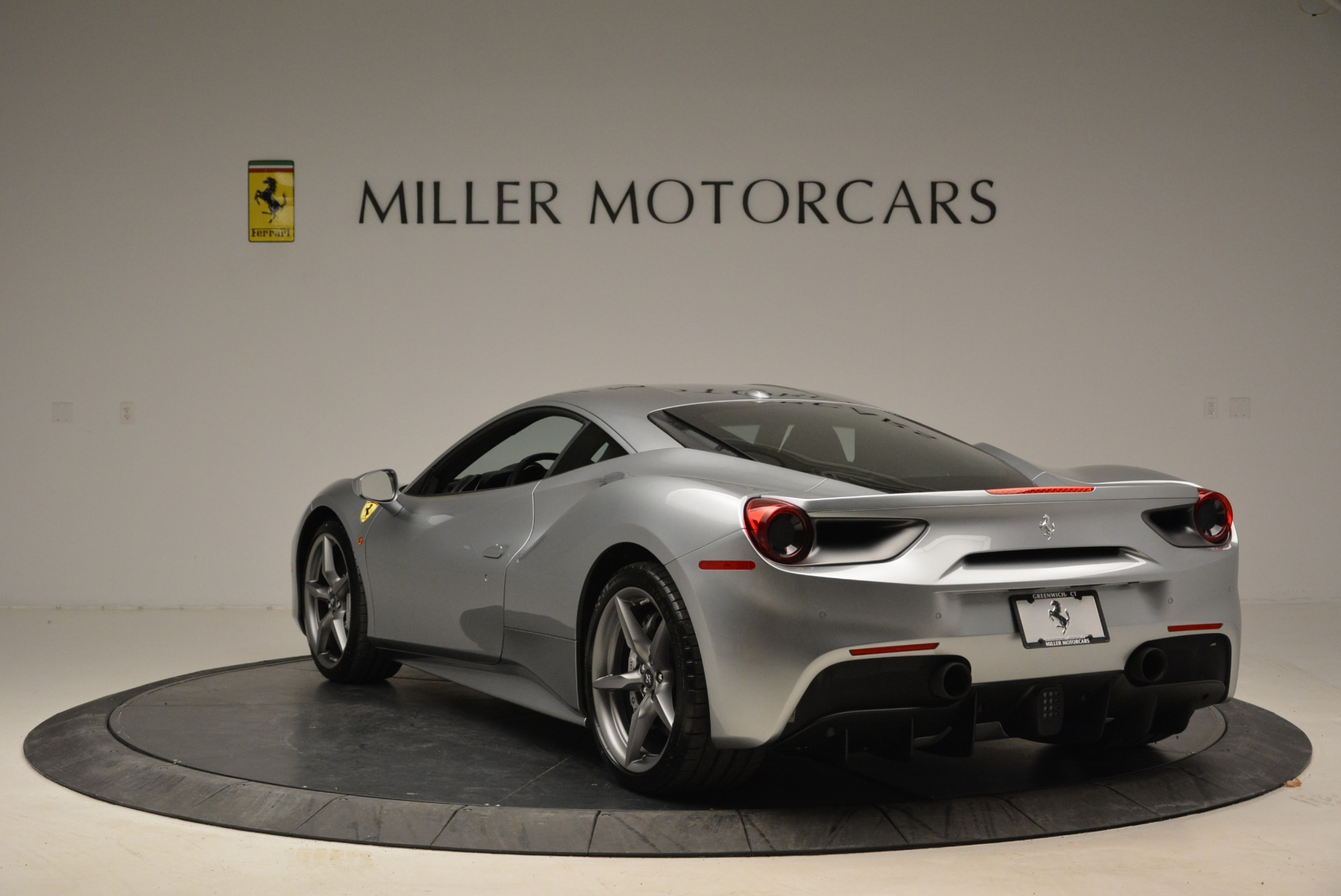 Used 2018 Ferrari 488 GTB  For Sale In Greenwich, CT. Alfa Romeo of Greenwich, 4509 2586_p5