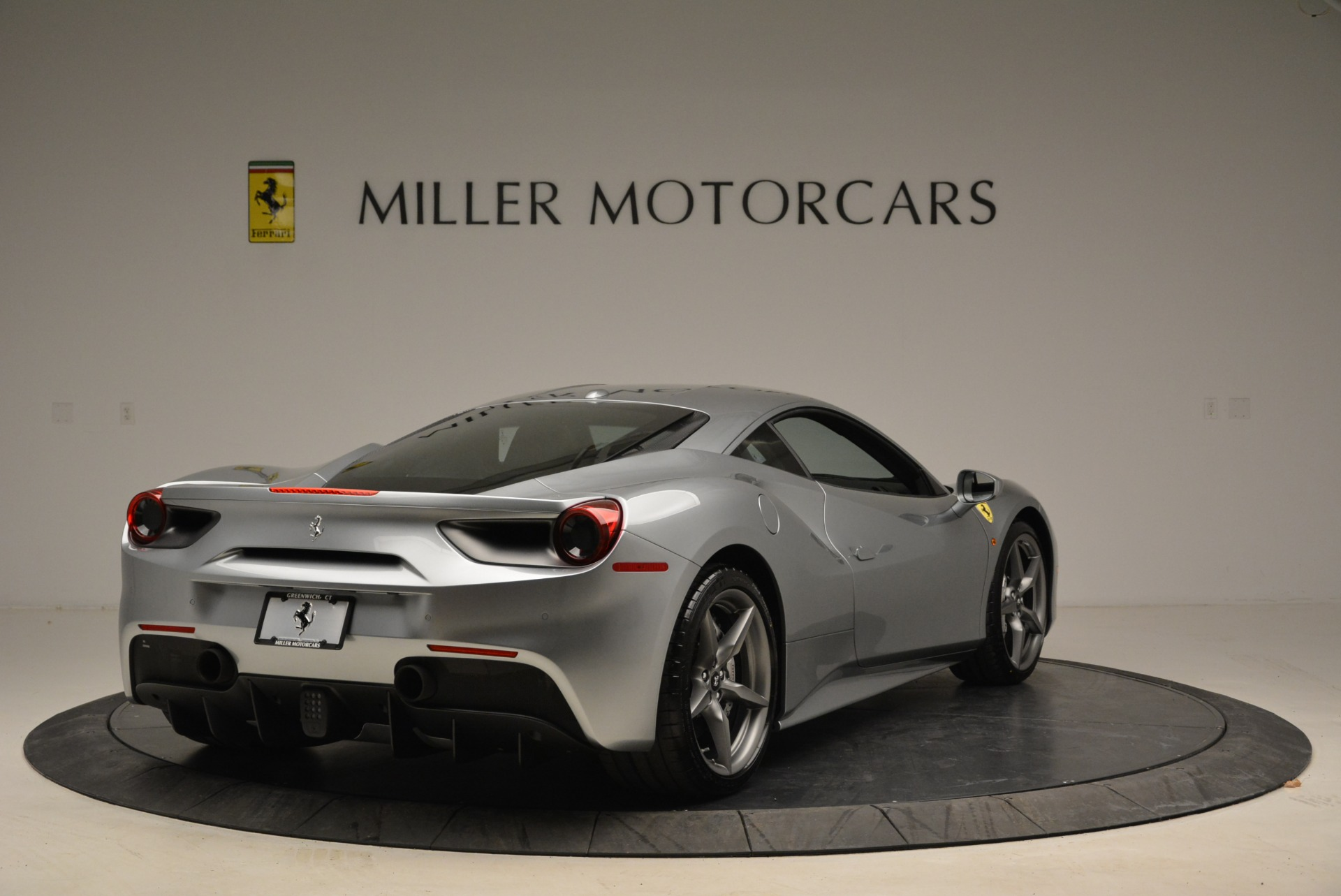Used 2018 Ferrari 488 GTB  For Sale In Greenwich, CT. Alfa Romeo of Greenwich, 4509 2586_p7