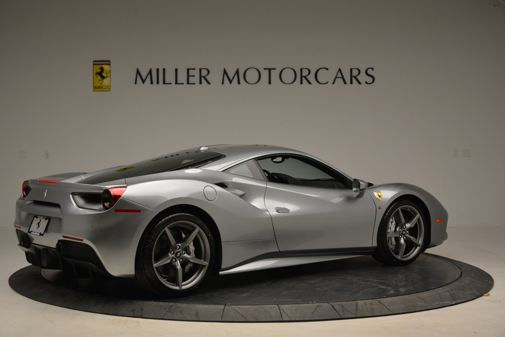Used 2018 Ferrari 488 GTB  For Sale In Greenwich, CT. Alfa Romeo of Greenwich, 4509 2586_p8