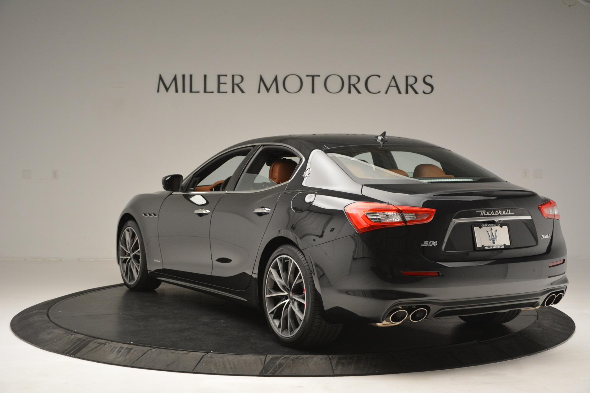 New 2019 Maserati Ghibli S Q4 GranLusso For Sale In Greenwich, CT. Alfa Romeo of Greenwich, M2222 2589_p5