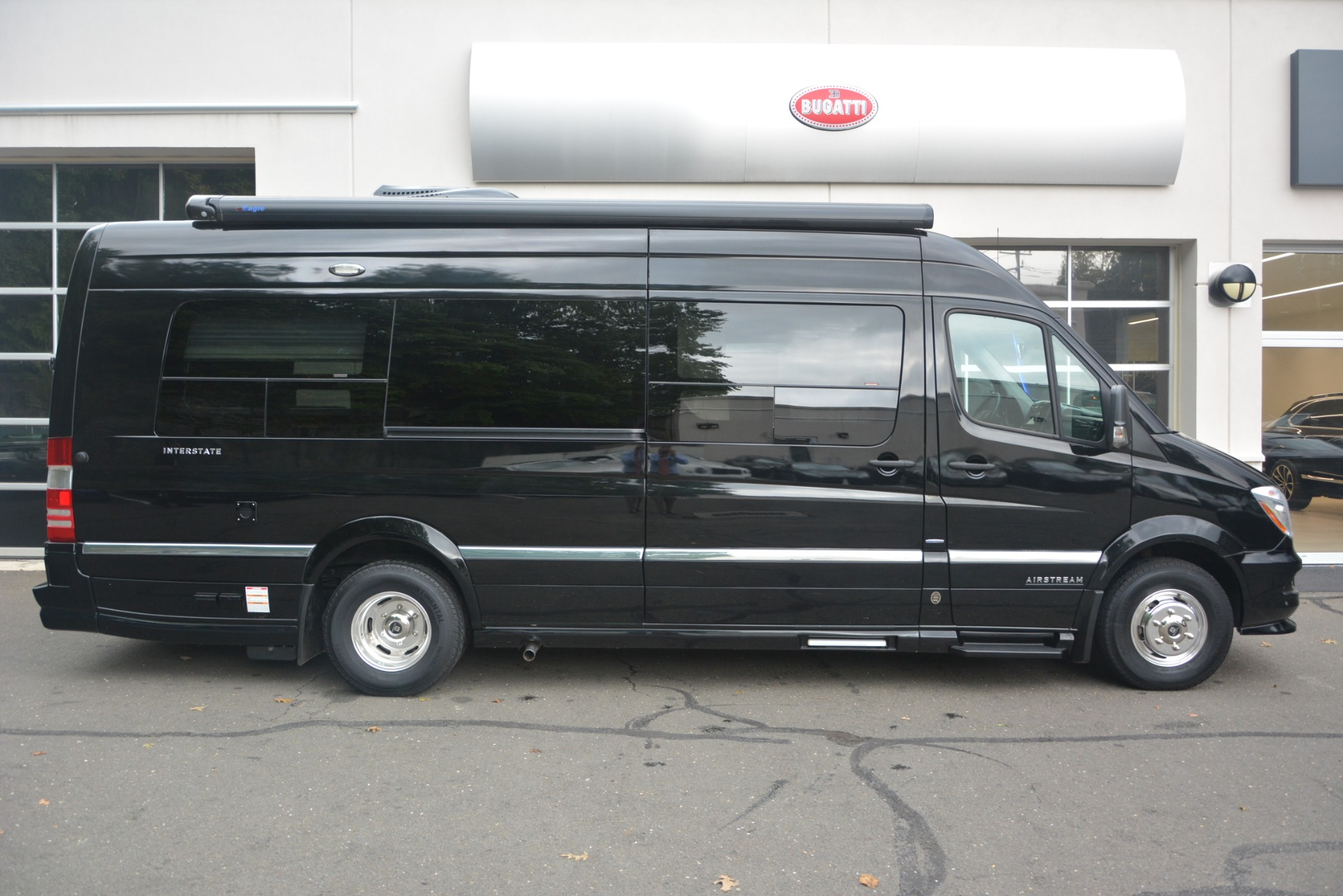Used 2014 Mercedes-Benz Sprinter 3500 Airstream Lounge Extended For Sale In Greenwich, CT. Alfa Romeo of Greenwich, 1234 2595_p9