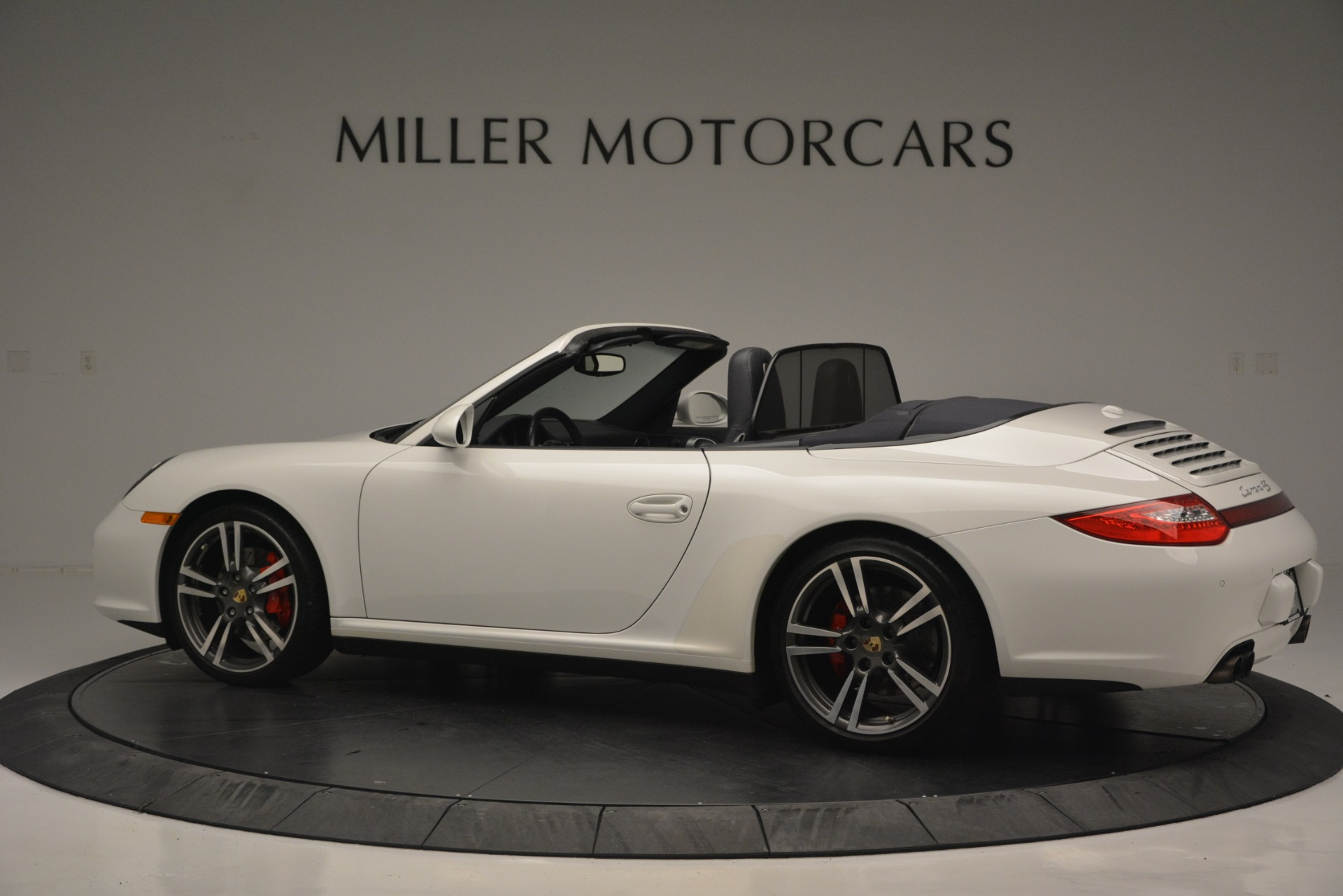 Used 2011 Porsche 911 Carrera 4S For Sale In Greenwich, CT. Alfa Romeo of Greenwich, 7435 2600_p4