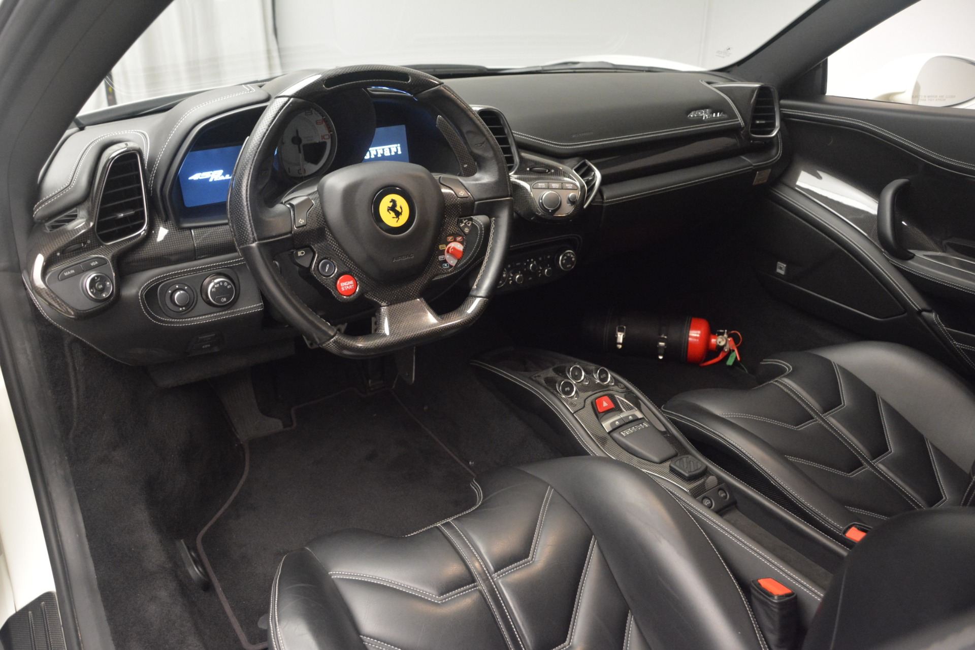 Used 2010 Ferrari 458 Italia  For Sale In Greenwich, CT. Alfa Romeo of Greenwich, 4512 2602_p13