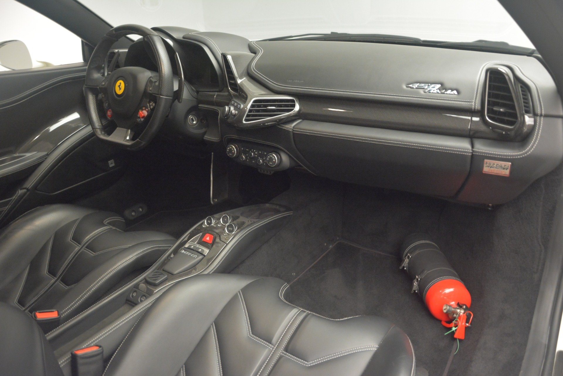 Used 2010 Ferrari 458 Italia  For Sale In Greenwich, CT. Alfa Romeo of Greenwich, 4512 2602_p17