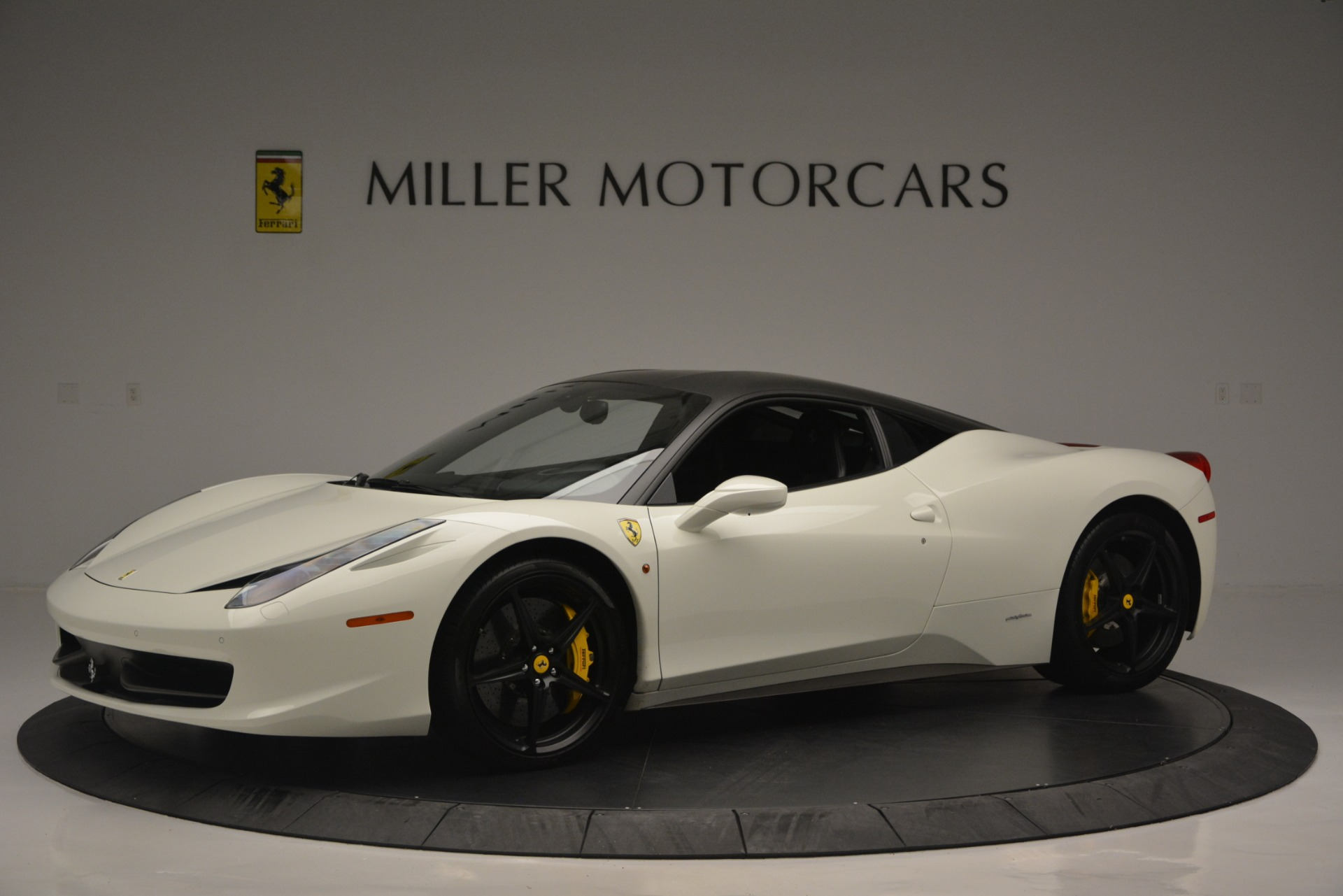 Used 2010 Ferrari 458 Italia  For Sale In Greenwich, CT. Alfa Romeo of Greenwich, 4512 2602_p2