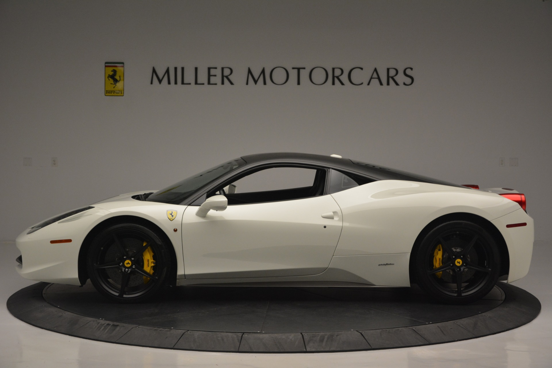 Used 2010 Ferrari 458 Italia  For Sale In Greenwich, CT. Alfa Romeo of Greenwich, 4512 2602_p3