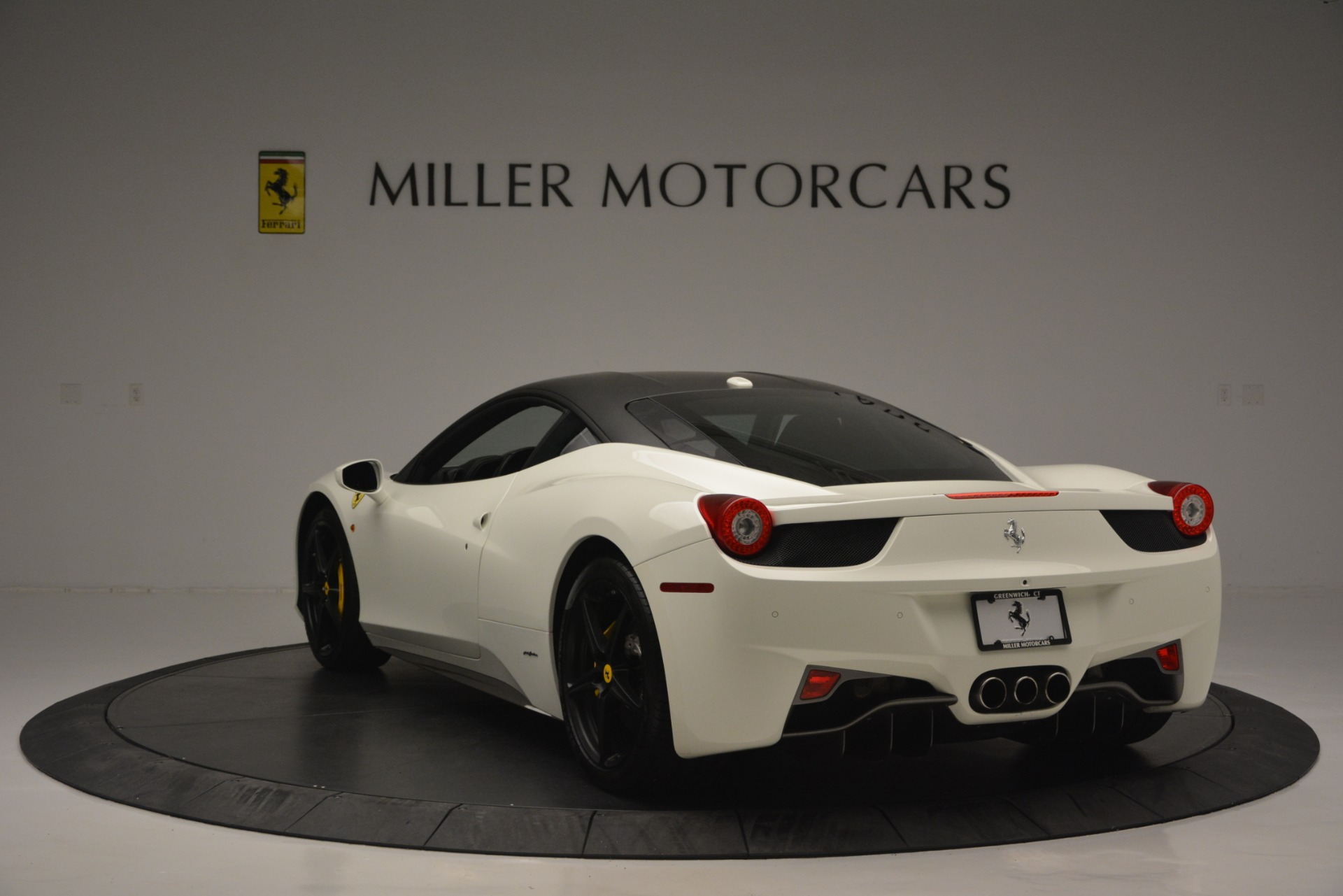 Used 2010 Ferrari 458 Italia  For Sale In Greenwich, CT. Alfa Romeo of Greenwich, 4512 2602_p5