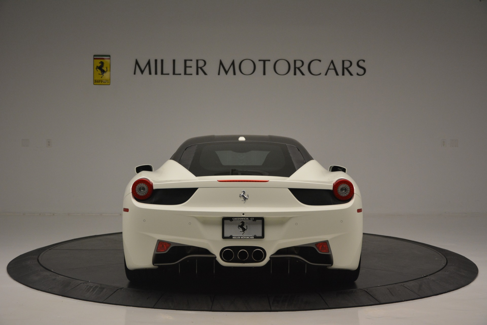 Used 2010 Ferrari 458 Italia  For Sale In Greenwich, CT. Alfa Romeo of Greenwich, 4512 2602_p6