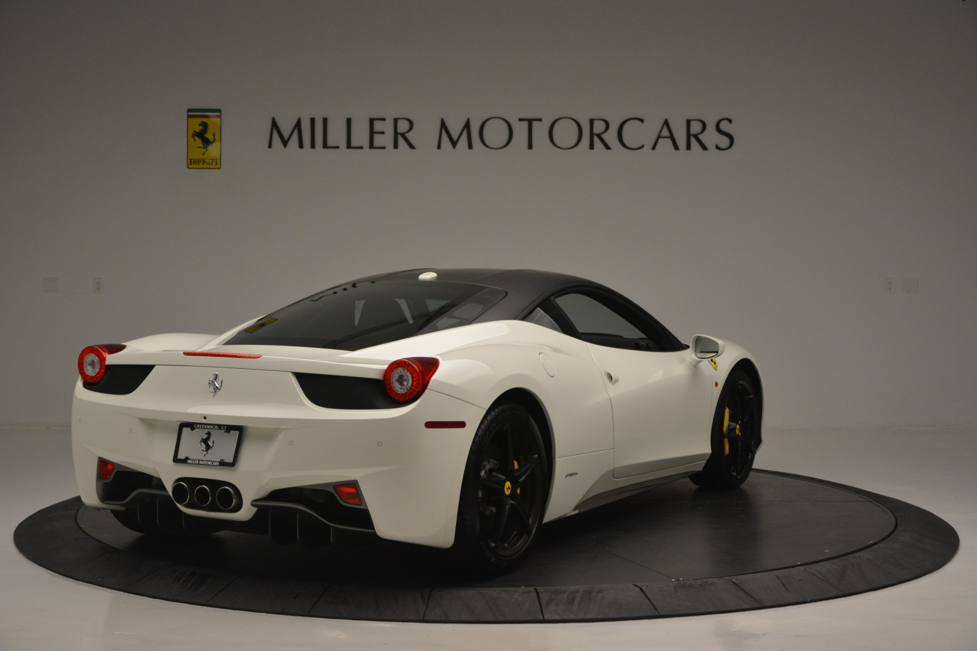 Used 2010 Ferrari 458 Italia  For Sale In Greenwich, CT. Alfa Romeo of Greenwich, 4512 2602_p7