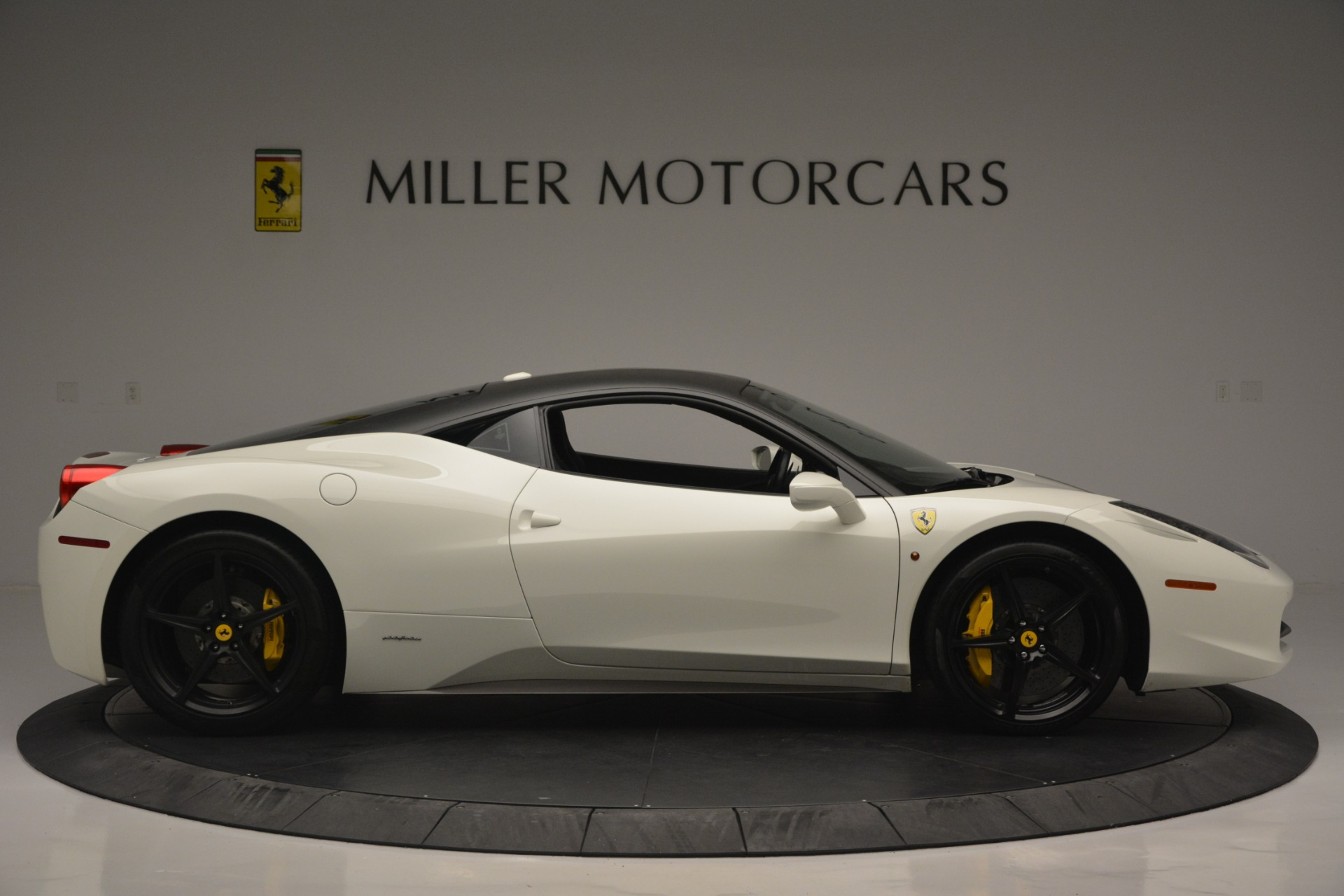 Used 2010 Ferrari 458 Italia  For Sale In Greenwich, CT. Alfa Romeo of Greenwich, 4512 2602_p9
