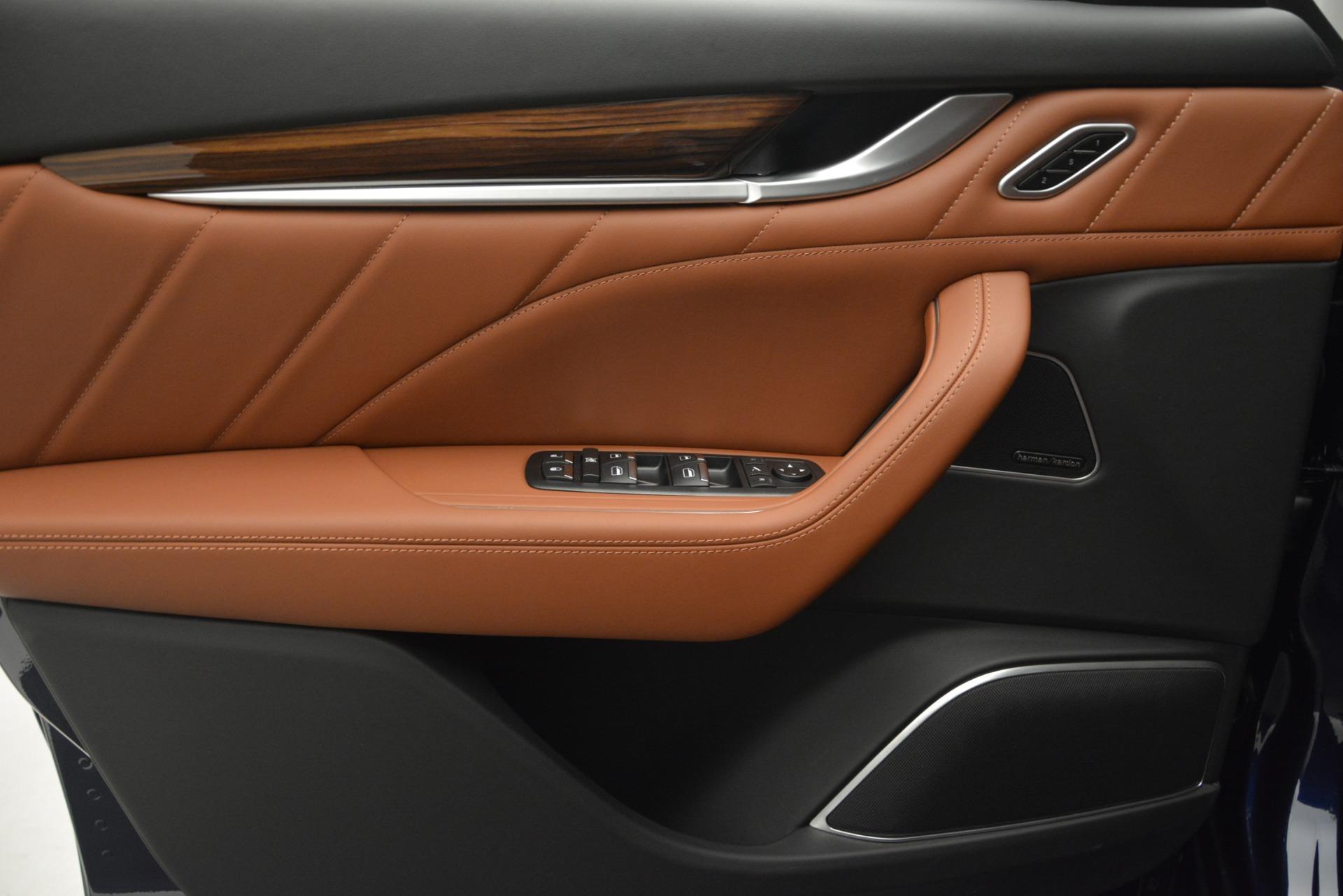 New 2019 Maserati Levante S Q4 GranSport For Sale In Greenwich, CT. Alfa Romeo of Greenwich, W618 2603_p16