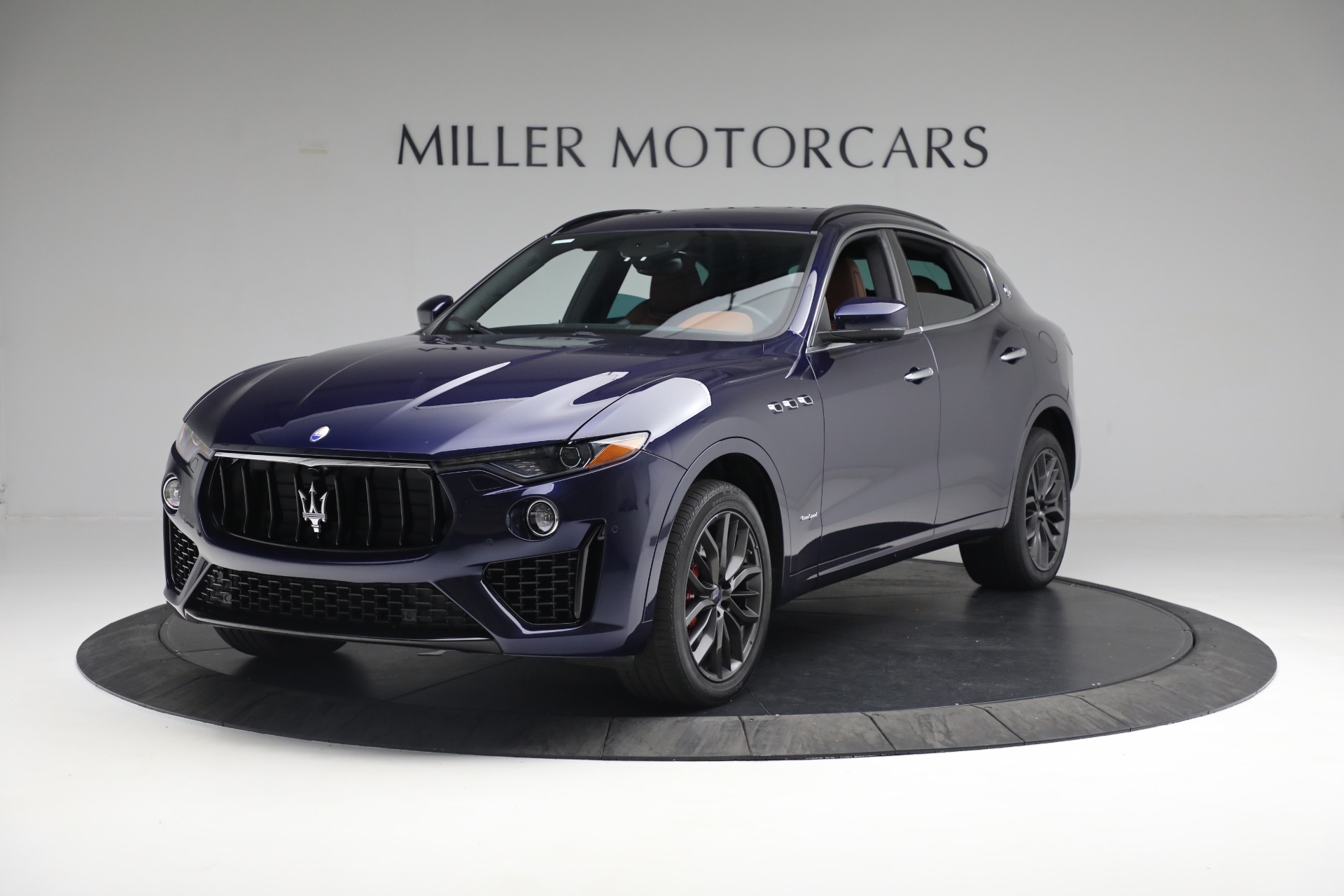 New 2019 Maserati Levante S Q4 GranSport For Sale In Greenwich, CT. Alfa Romeo of Greenwich, W624 2607_main