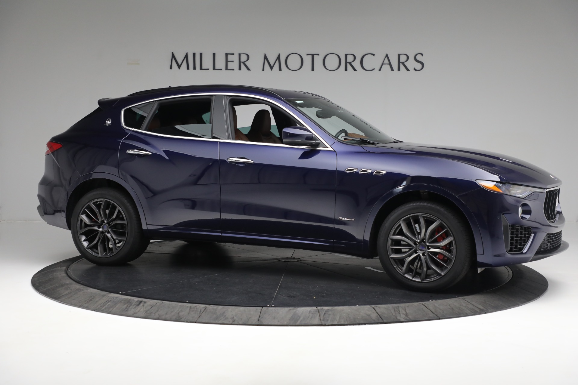 New 2019 Maserati Levante S Q4 GranSport For Sale In Greenwich, CT. Alfa Romeo of Greenwich, W624 2607_p10