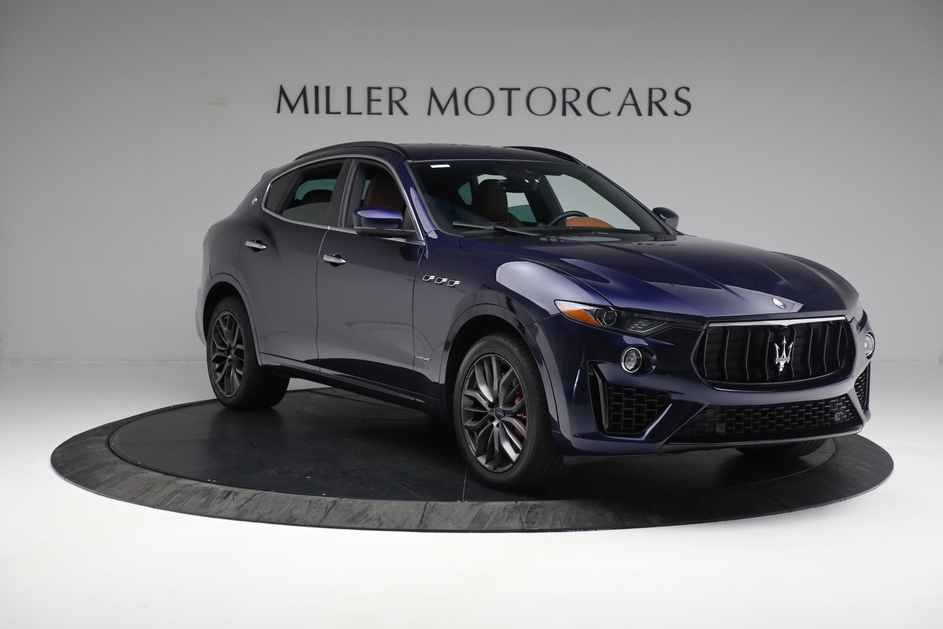 New 2019 Maserati Levante S Q4 GranSport For Sale In Greenwich, CT. Alfa Romeo of Greenwich, W624 2607_p11