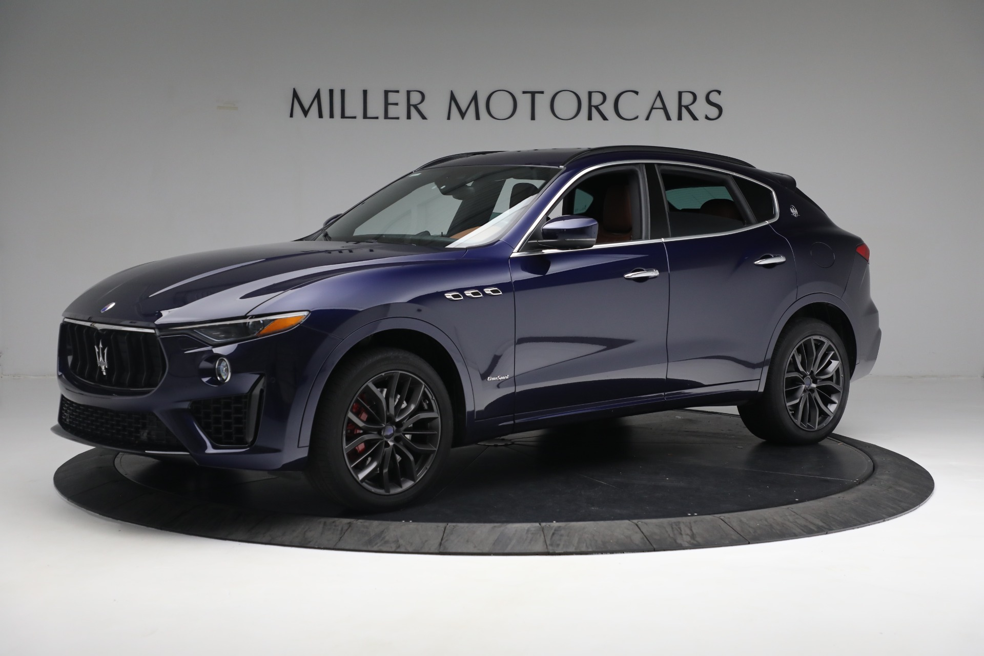 New 2019 Maserati Levante S Q4 GranSport For Sale In Greenwich, CT. Alfa Romeo of Greenwich, W624 2607_p2