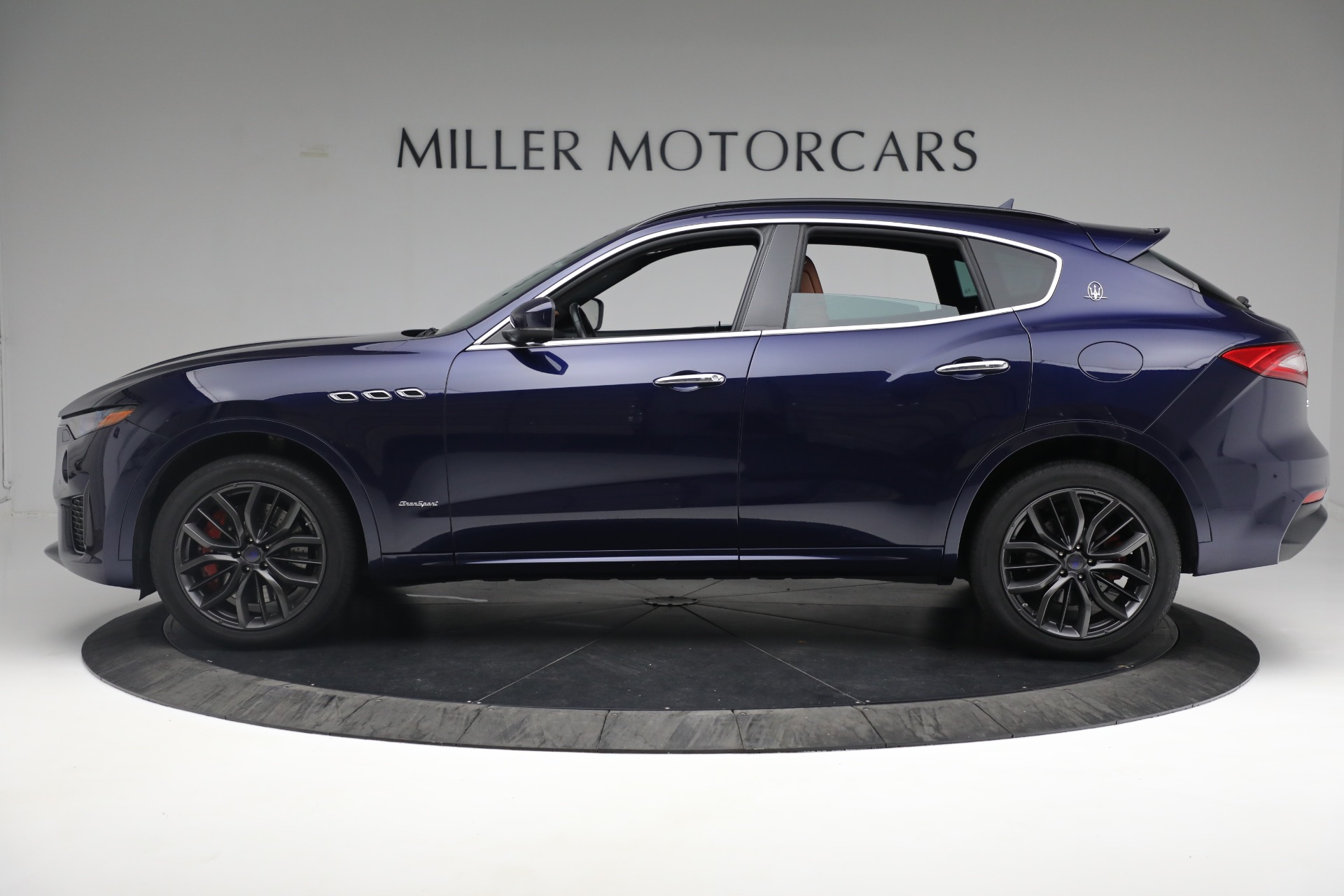 New 2019 Maserati Levante S Q4 GranSport For Sale In Greenwich, CT. Alfa Romeo of Greenwich, W624 2607_p3