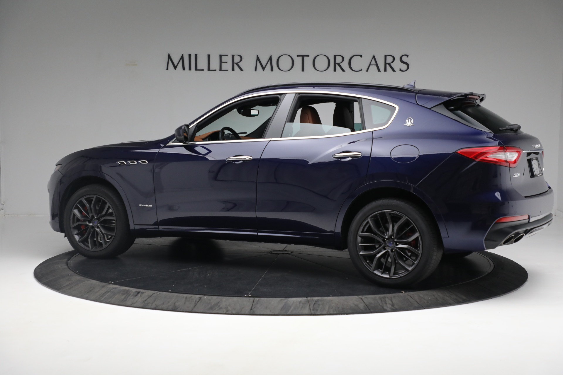 New 2019 Maserati Levante S Q4 GranSport For Sale In Greenwich, CT. Alfa Romeo of Greenwich, W624 2607_p4