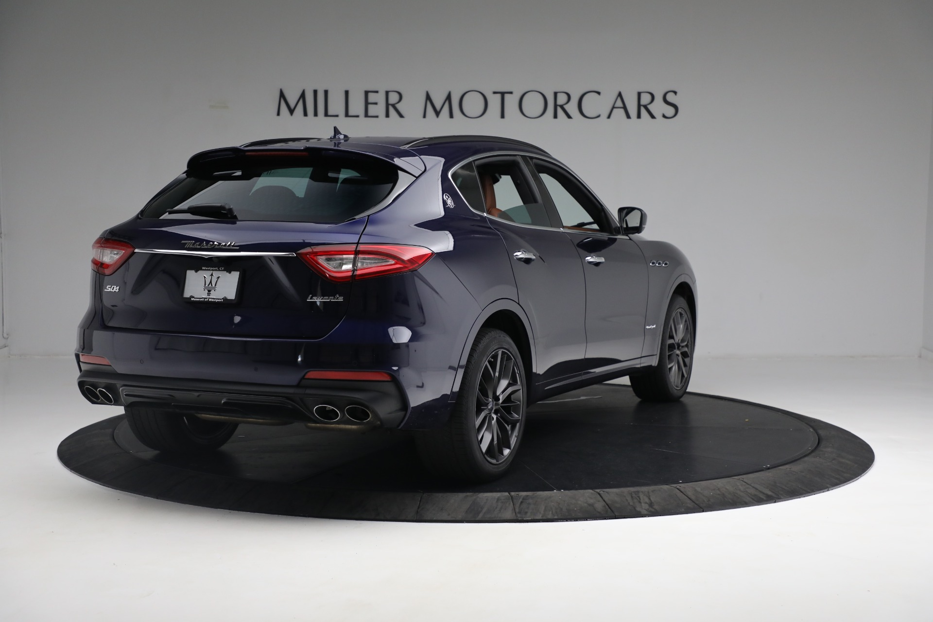 New 2019 Maserati Levante S Q4 GranSport For Sale In Greenwich, CT. Alfa Romeo of Greenwich, W624 2607_p7