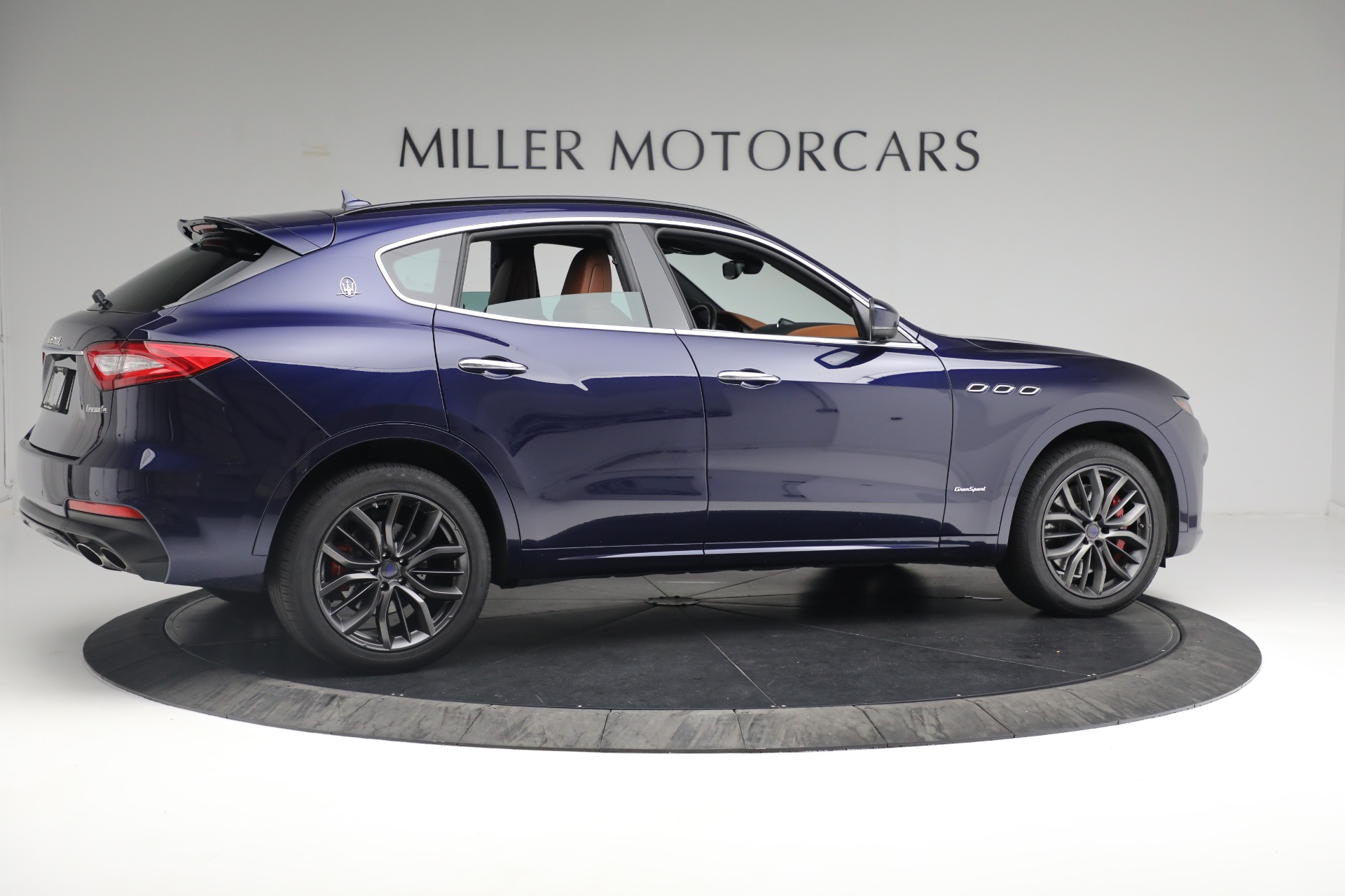 New 2019 Maserati Levante S Q4 GranSport For Sale In Greenwich, CT. Alfa Romeo of Greenwich, W624 2607_p8
